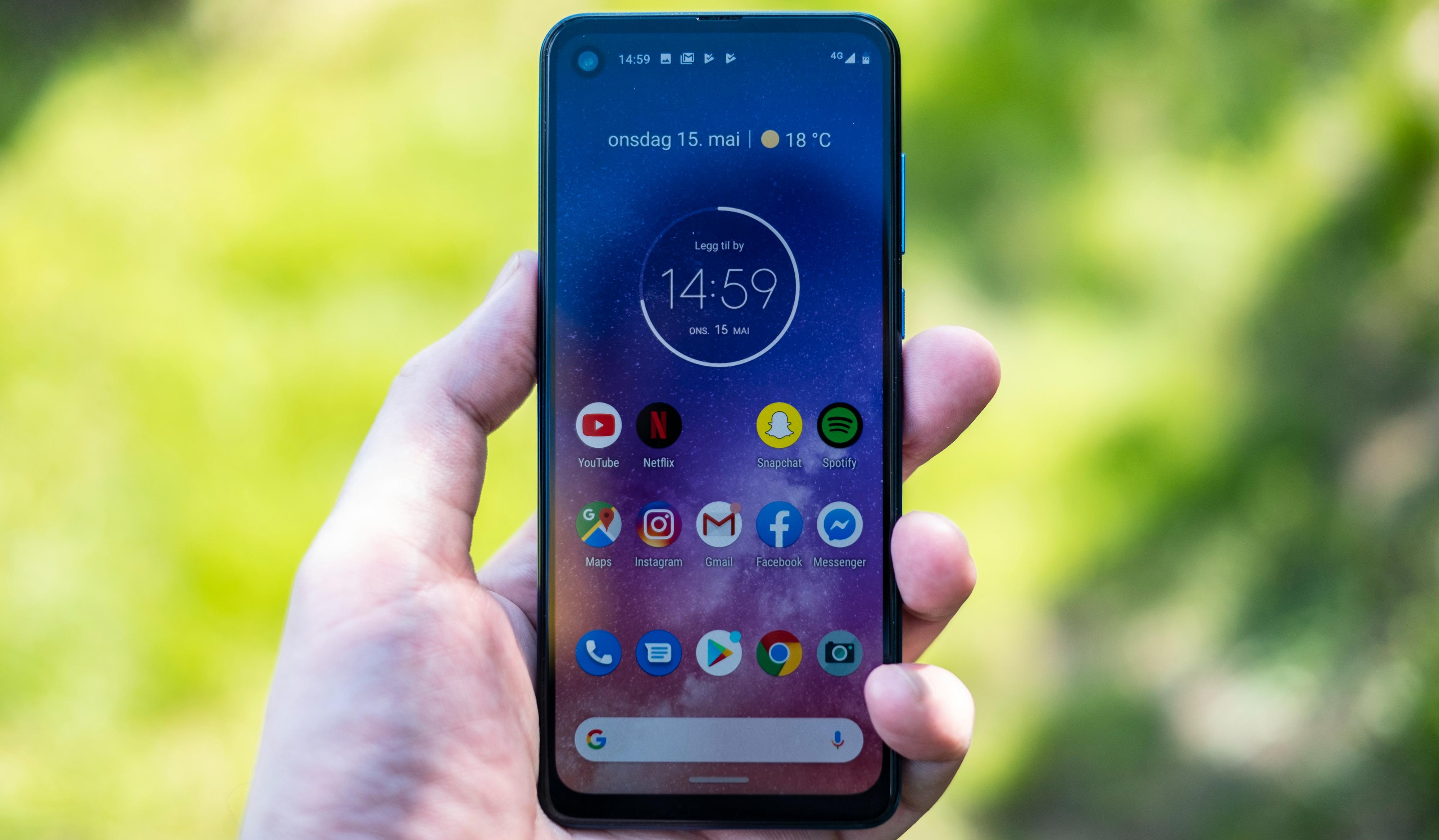 Både skjerm og brukeropplevelse er helt fabelaktige i Motorola One Vision. Ingenting annet i prisklassen byr på en like god totalopplevelse.