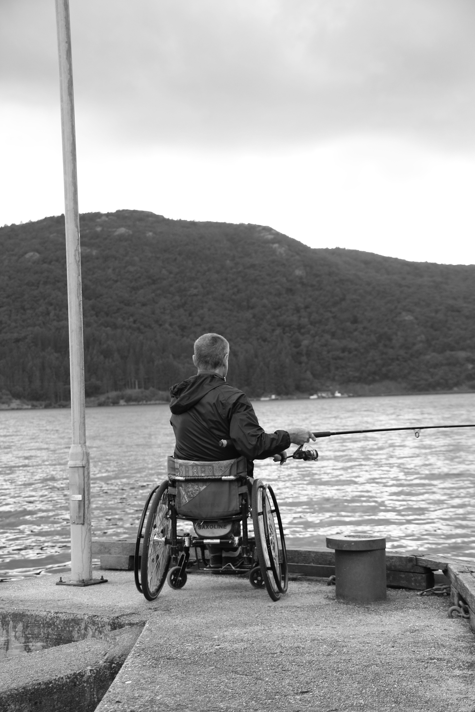 Bedre fiskestang, men den er kappet og leder dermed blikket ut av bildet.Foto: Are Thunes Samsonsen