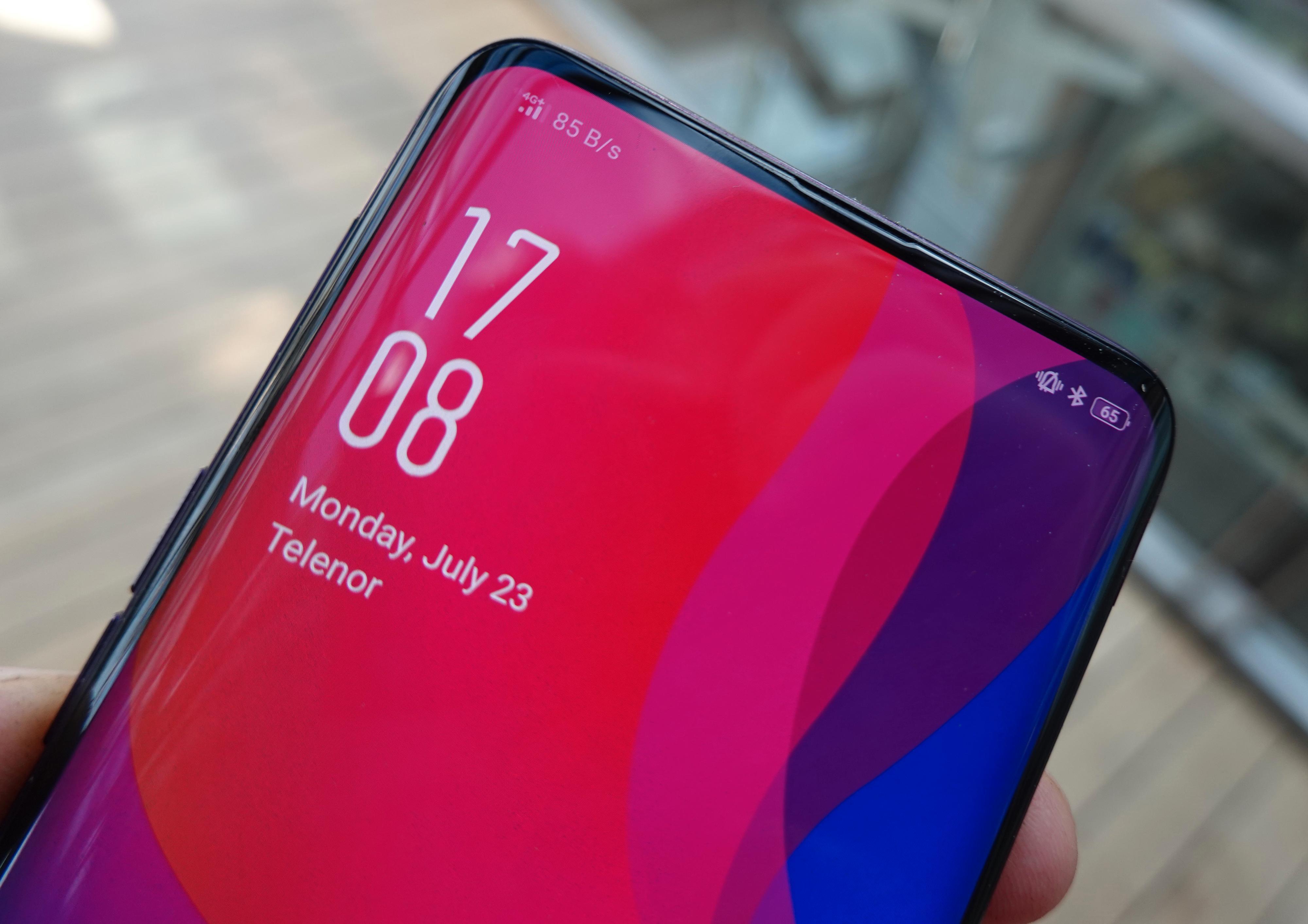 Telefoner med så godt som heldekkende skjerm er endelig her, og for Find X er ikke engang sensorhakket i toppen av skjermen et tema.