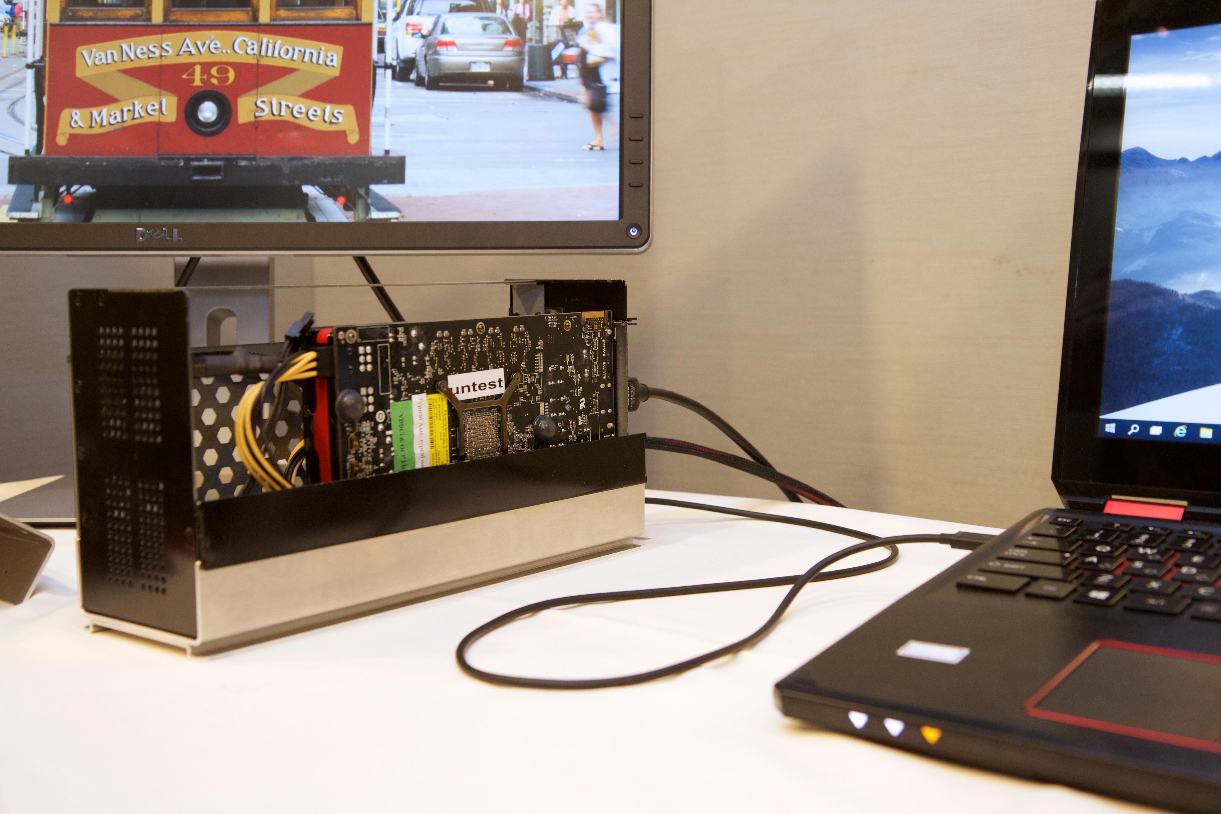 Ekstern grafikkortløsning som kobles til PC-en via Thunderbolt 3. Foto: Kurt Lekanger, Tek.no