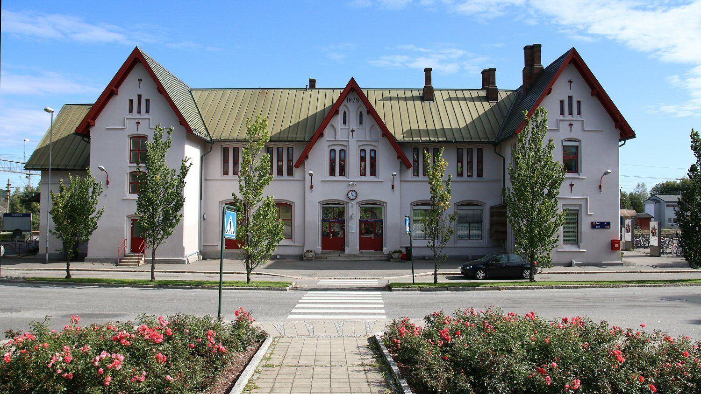 Stasjonsbygningen i Sarpsborg.Foto: Vegar Jansen, Tek.no