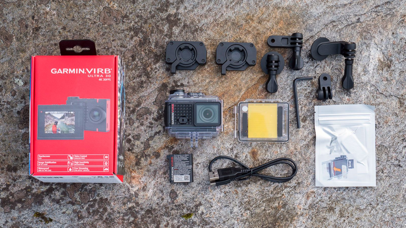 Garmins egne fester er gode, men hvis du allerede har GoPro-utstyr skal kameraet fungere fint med det også.