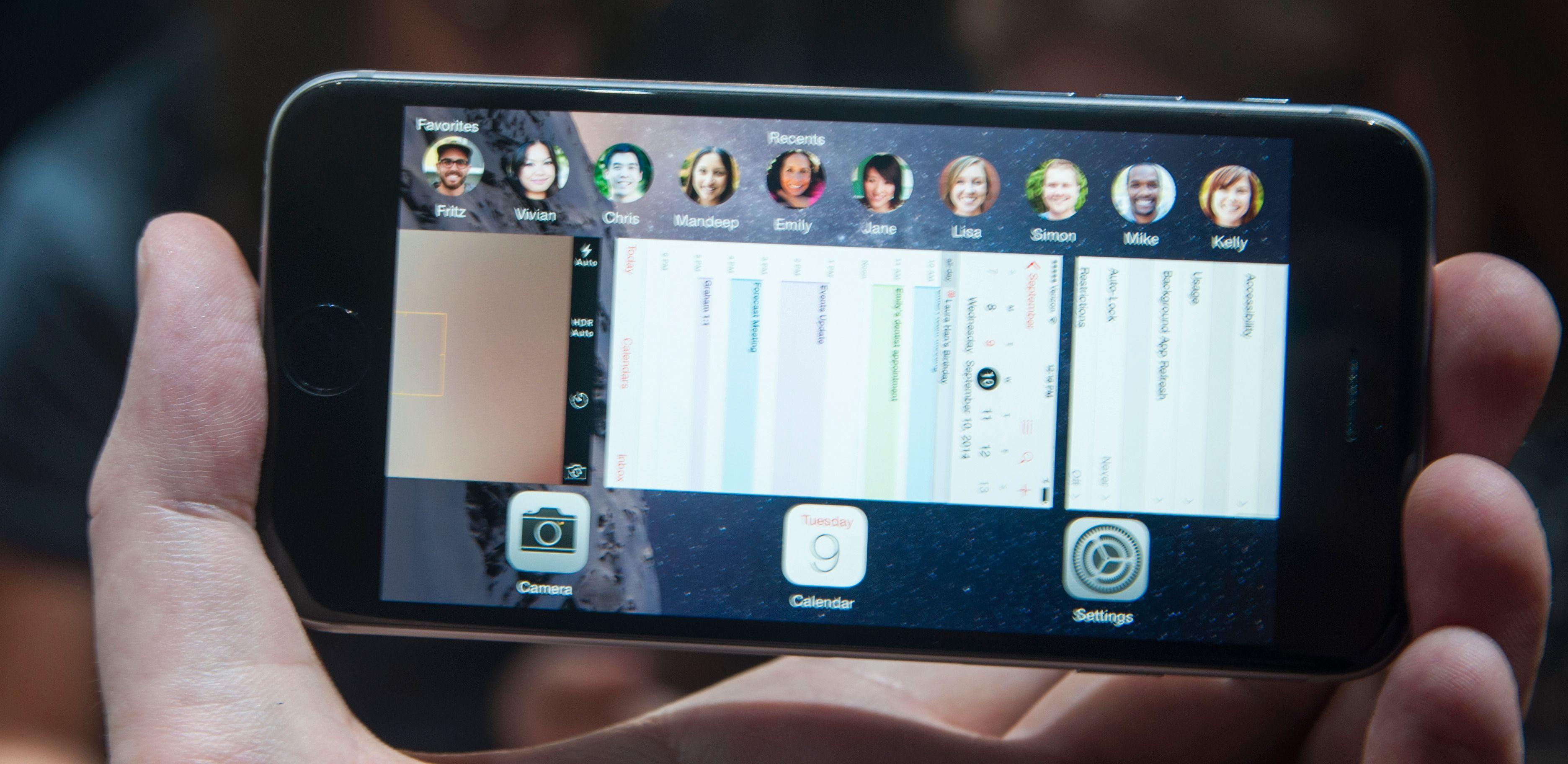 iOS har flere små tilpasninger for større skjermer. De fleste steder handler det om å vise mer informasjon.Foto: Finn Jarle Kvalheim, Amobil.no