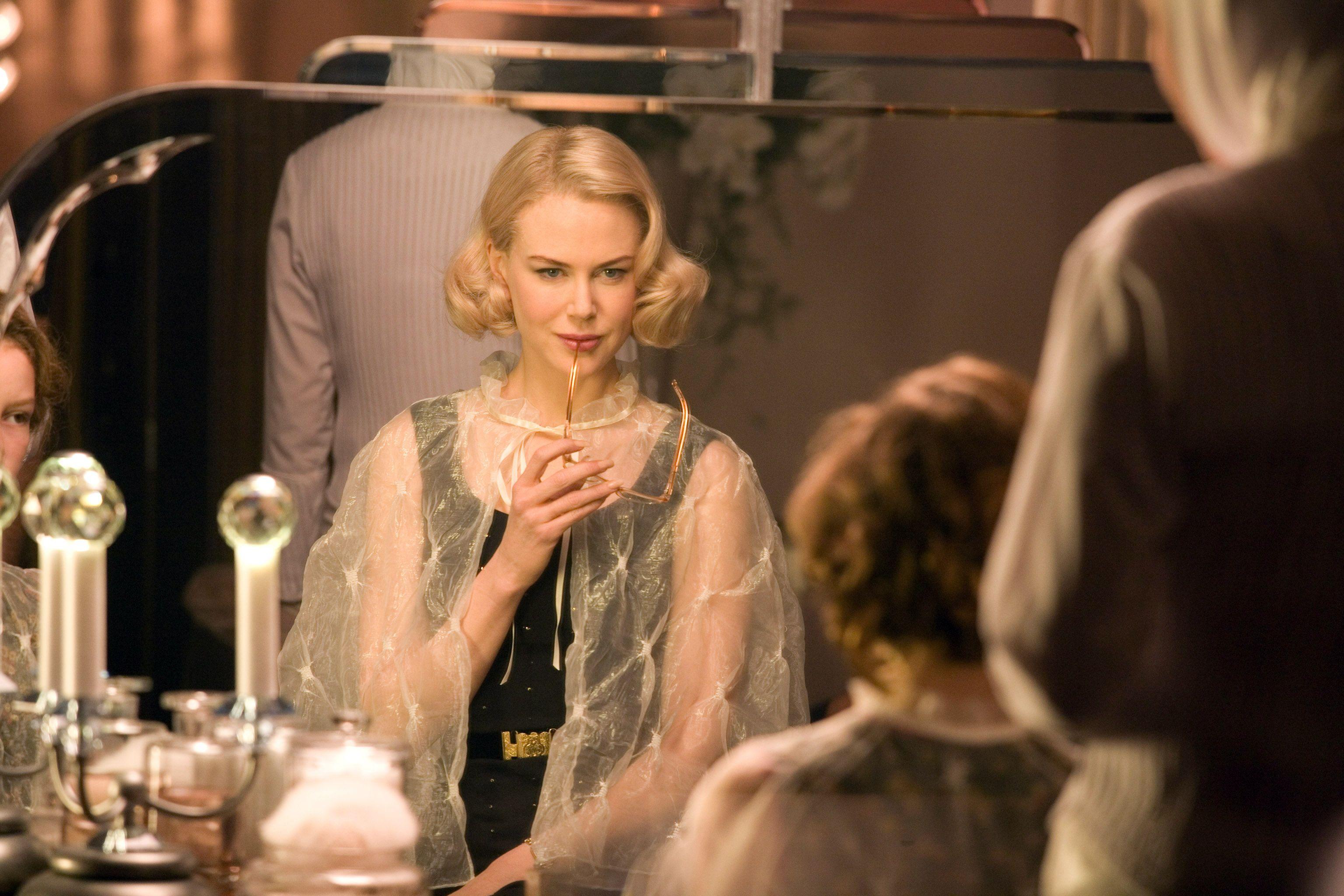 Nicole Kidman imponerer i rollen som Madam Coulter.