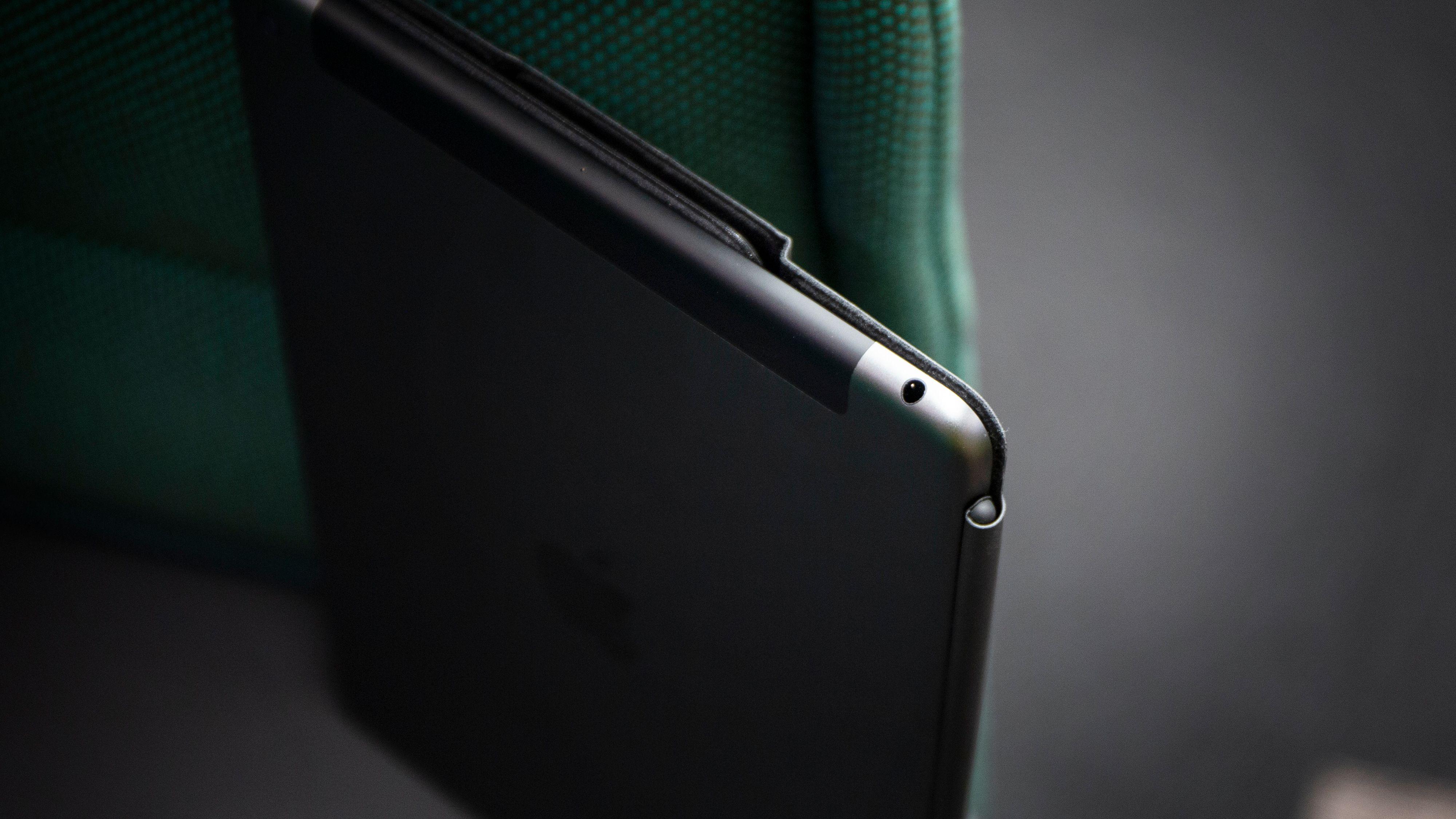 iPad har fortsatt hodetelefonport.