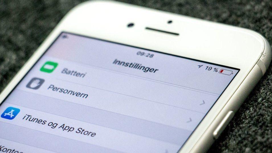 Apple Norge snur. Tilbyr nå batteribytte til alle med en nyere iPhone