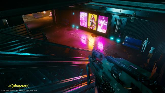 En scene fra Cyberpunk 2077 med strålesporing. Legg merke til lysrefleksjonene.
