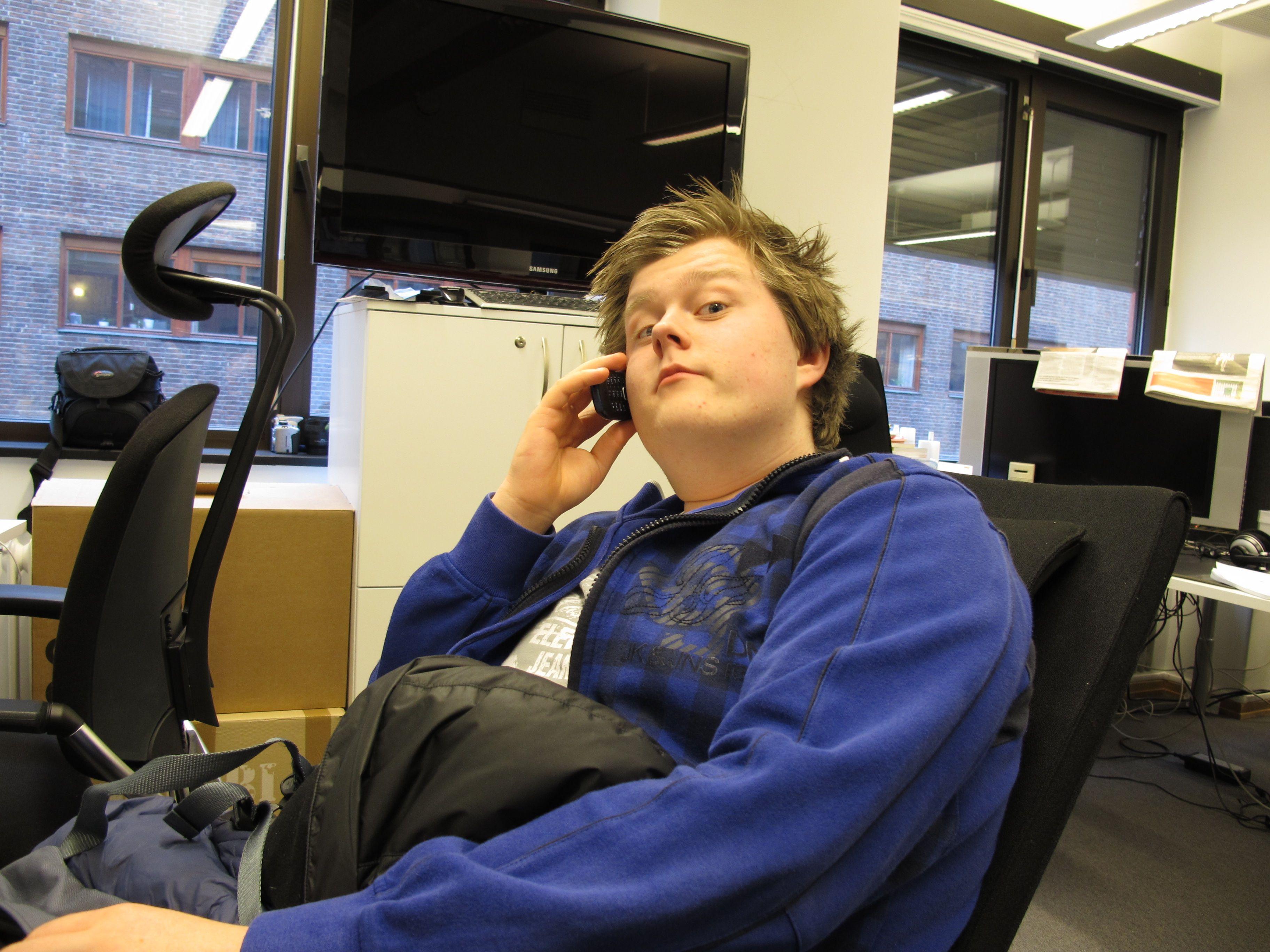 Telefon i arbeidstida, Håvard?