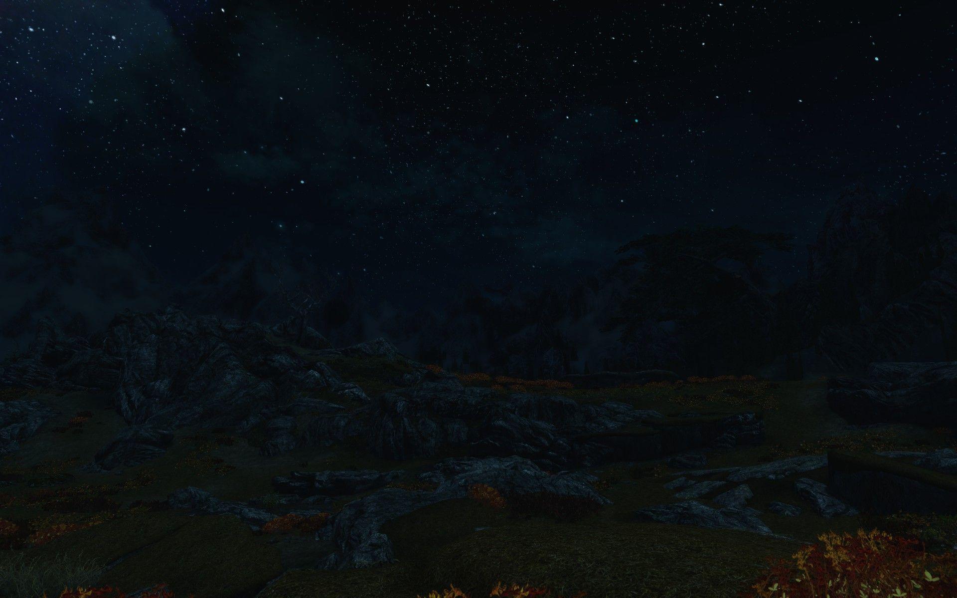 Synd at Skyrim mangler nattkikkerter. Med mindre du laster noen ned, selvfølgelig.