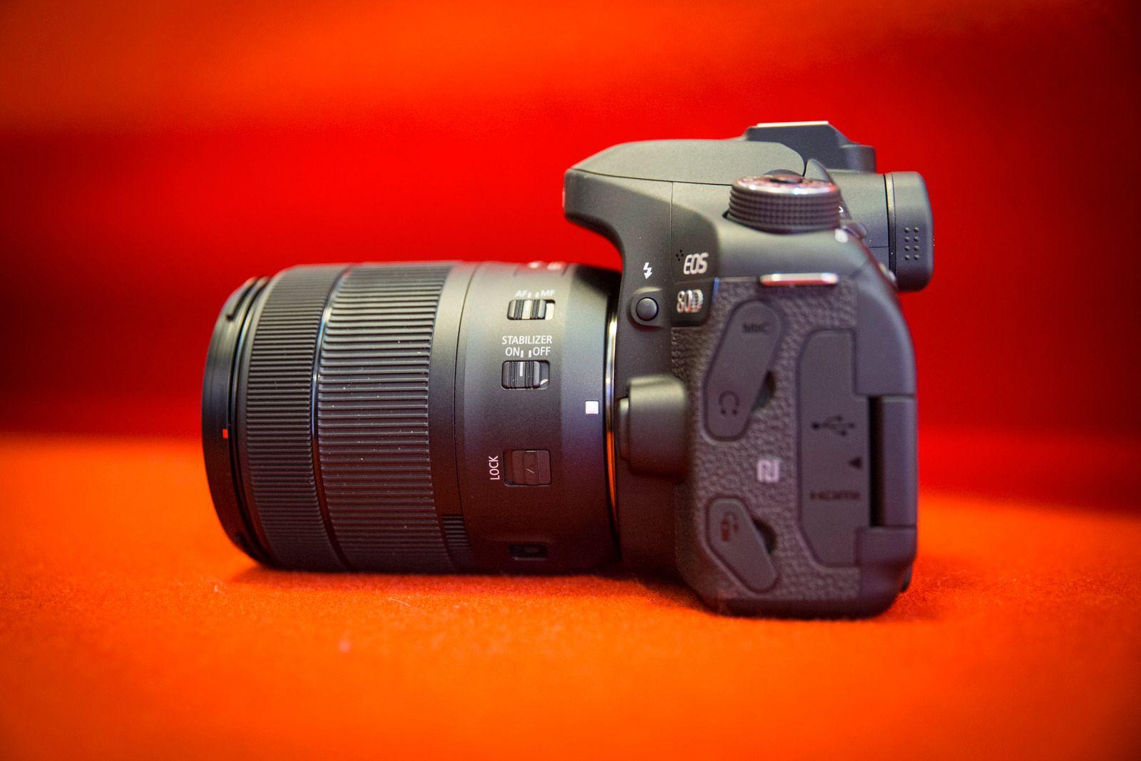 Canon har lansert et nytt 18-135 mm-objektiv som leveres i kit sammen med EOS 80D.