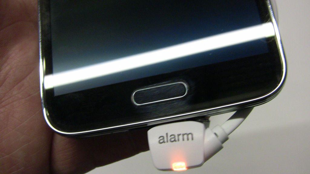 Fingeravtrykksensor blir kanskje standard en dag.Foto: Espen Irwing Swang, Amobil.no