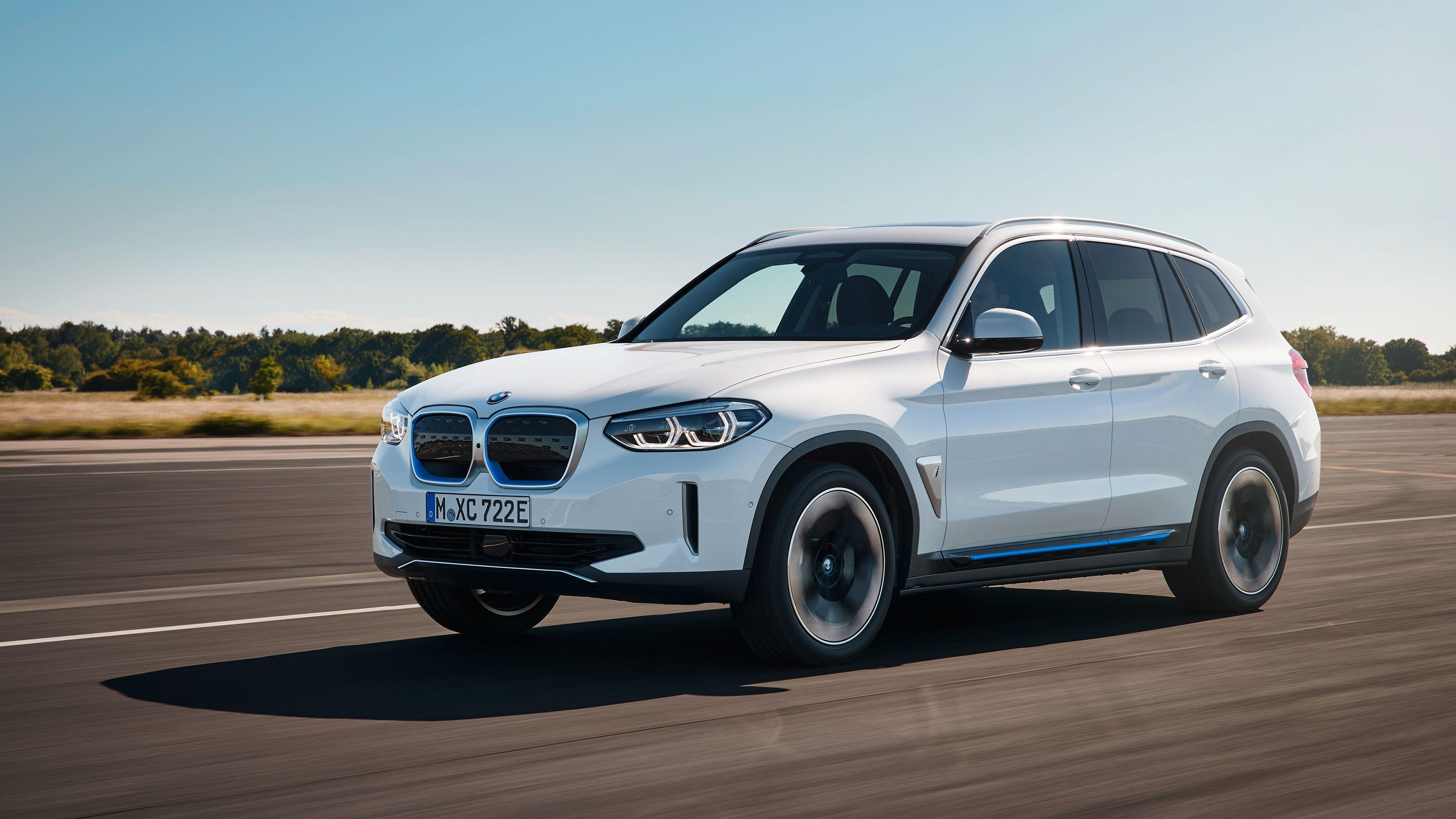 BMW offentliggjør prisene på iX3, åpner for bestilling