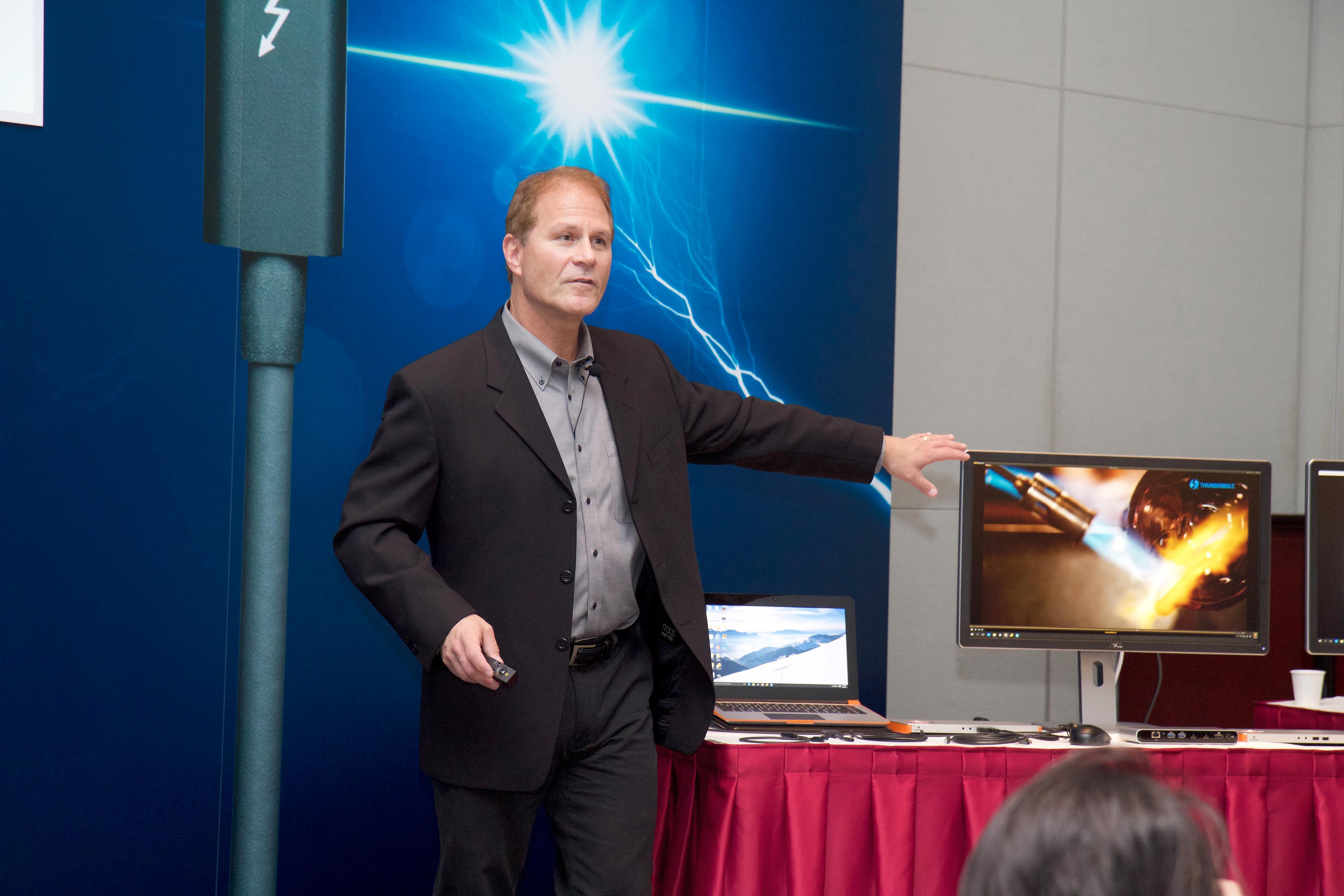 Markedssjef for Thunderbolt, Jason Ziller, i Intel. Foto: Kurt Lekanger, Tek.no