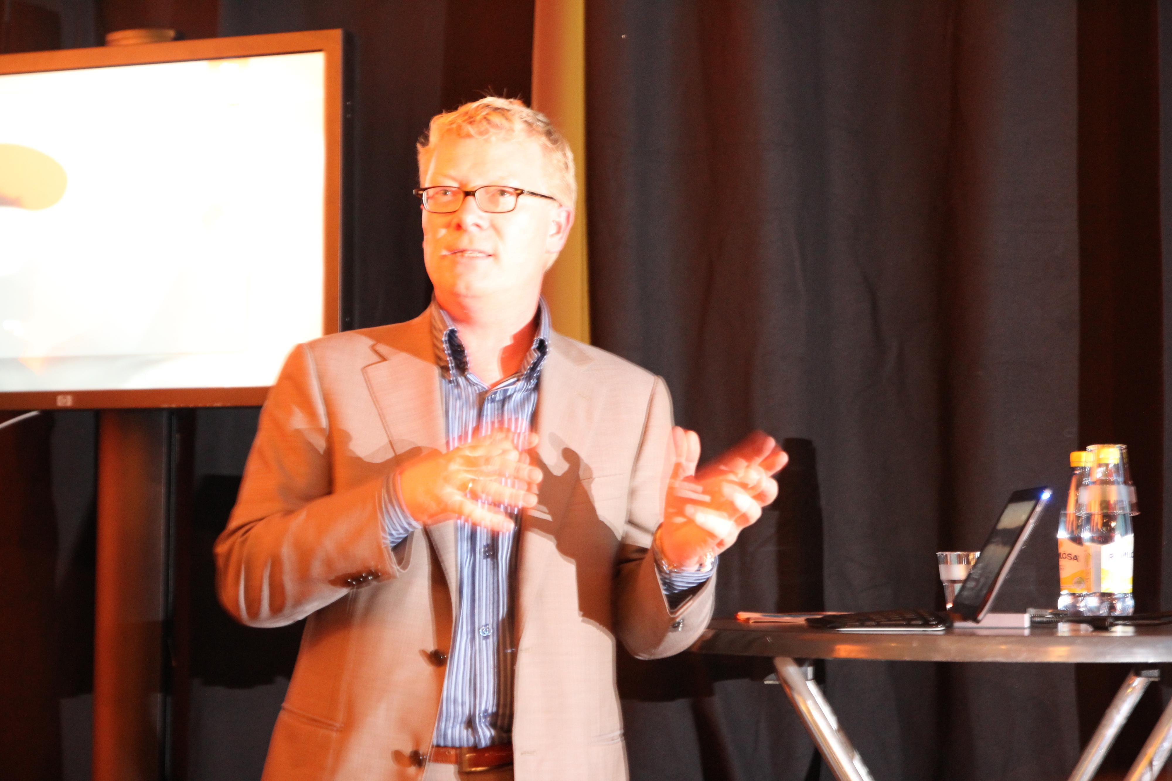 Produktsjef for Windows 8, Christian Almskog viste stolt frem Microsofts nyeste operativsystem.Foto: Niklas Plikk, Hardware.no