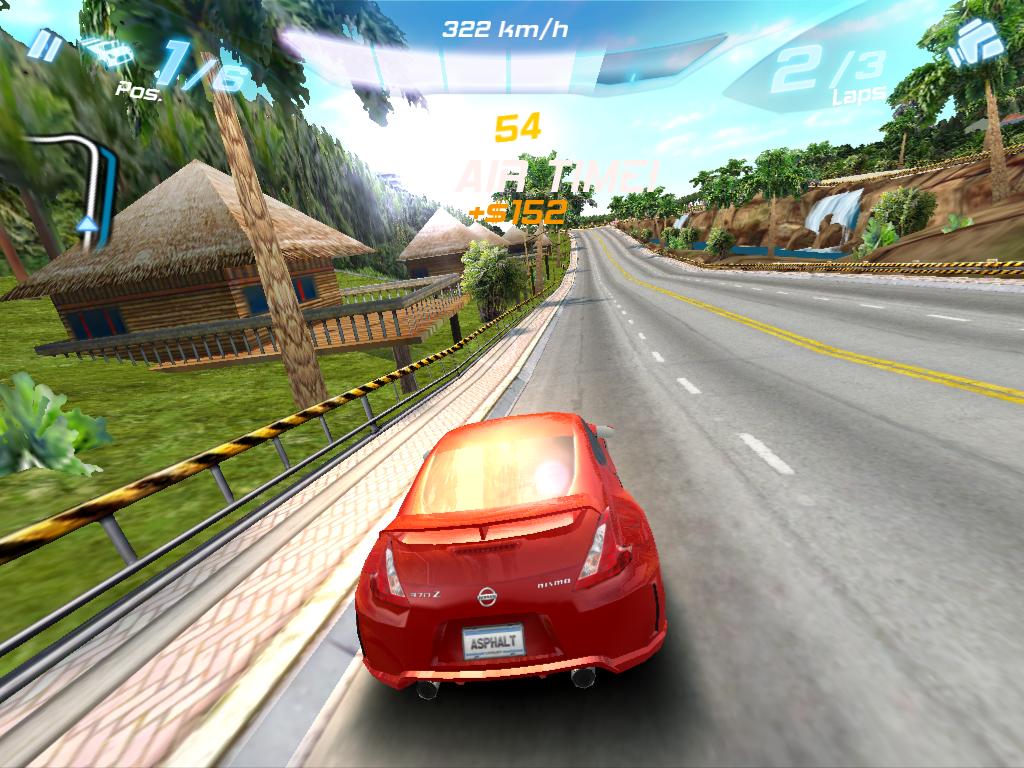 Slik ser bilspillet Asphalt 6 ut på iPad 2.
