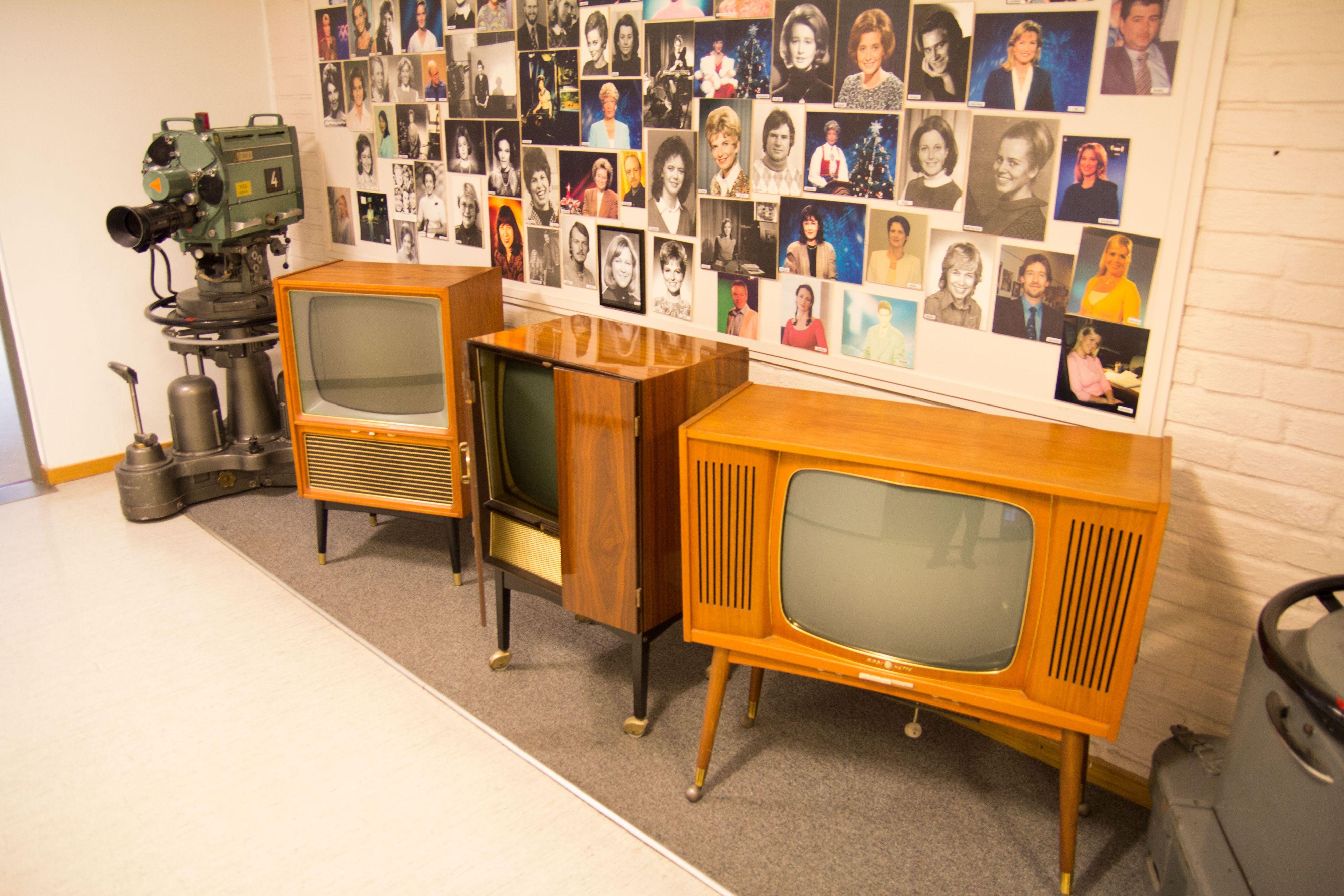 NRKs ganger inneholder mye historiske gjenstander.Foto: Ole Henrik Johansen / Hardware.no