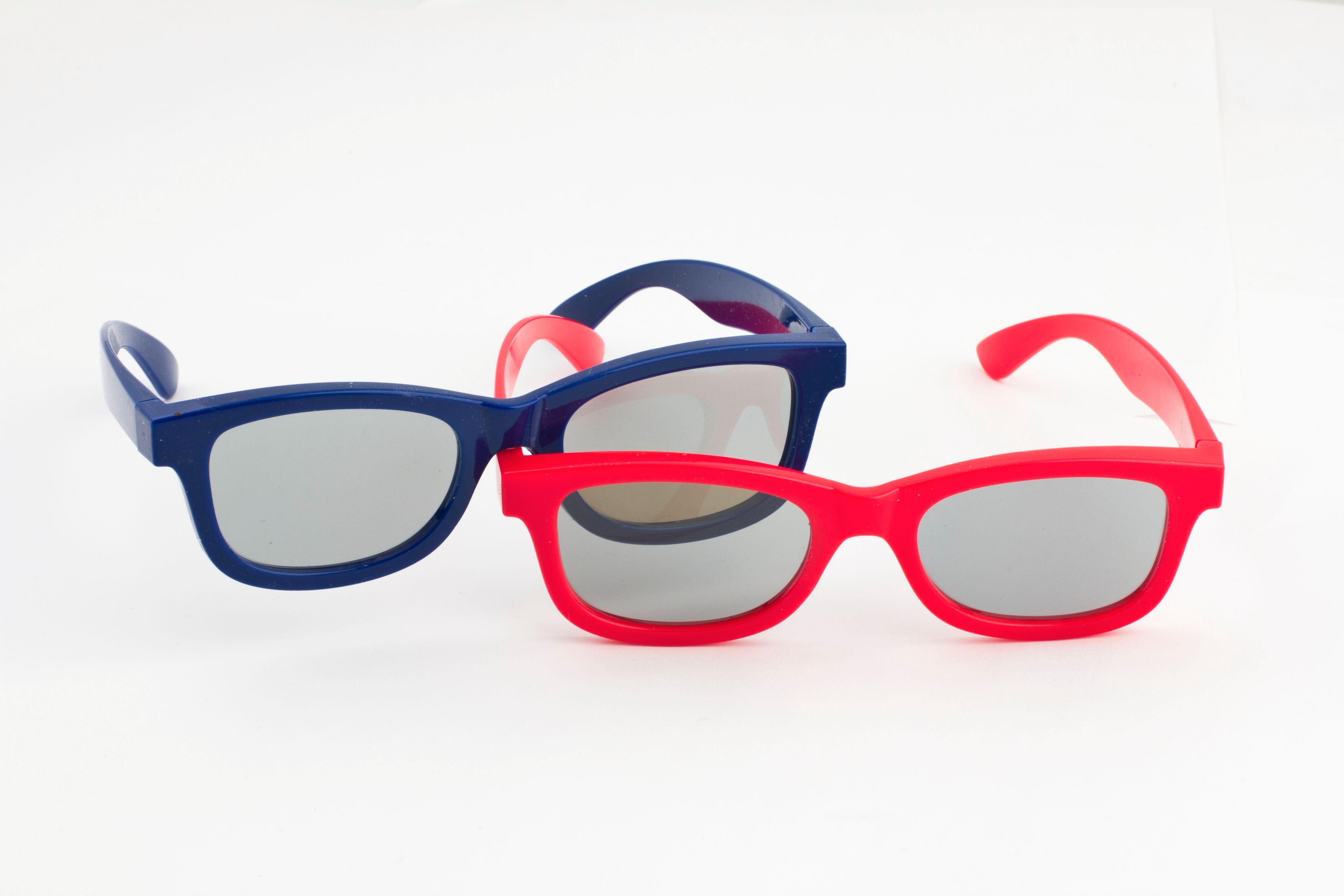 Fordelen med LGs passive briller er at de koster en brøkdel av de aktive