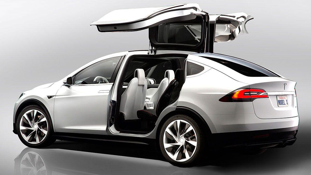 Tesla Model X er allerede utsolgt i Norge