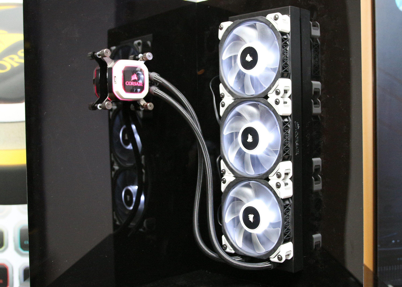 Her er det første Hydro-settet med 360 millimeters radiator.