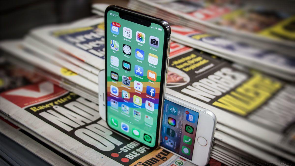 iPhone X har i dag en OLED-skjerm levert av Samsung, kalibrert av Apple for nøyaktigst mulige farger. Bilde: Niklas Plikk, Tek.no