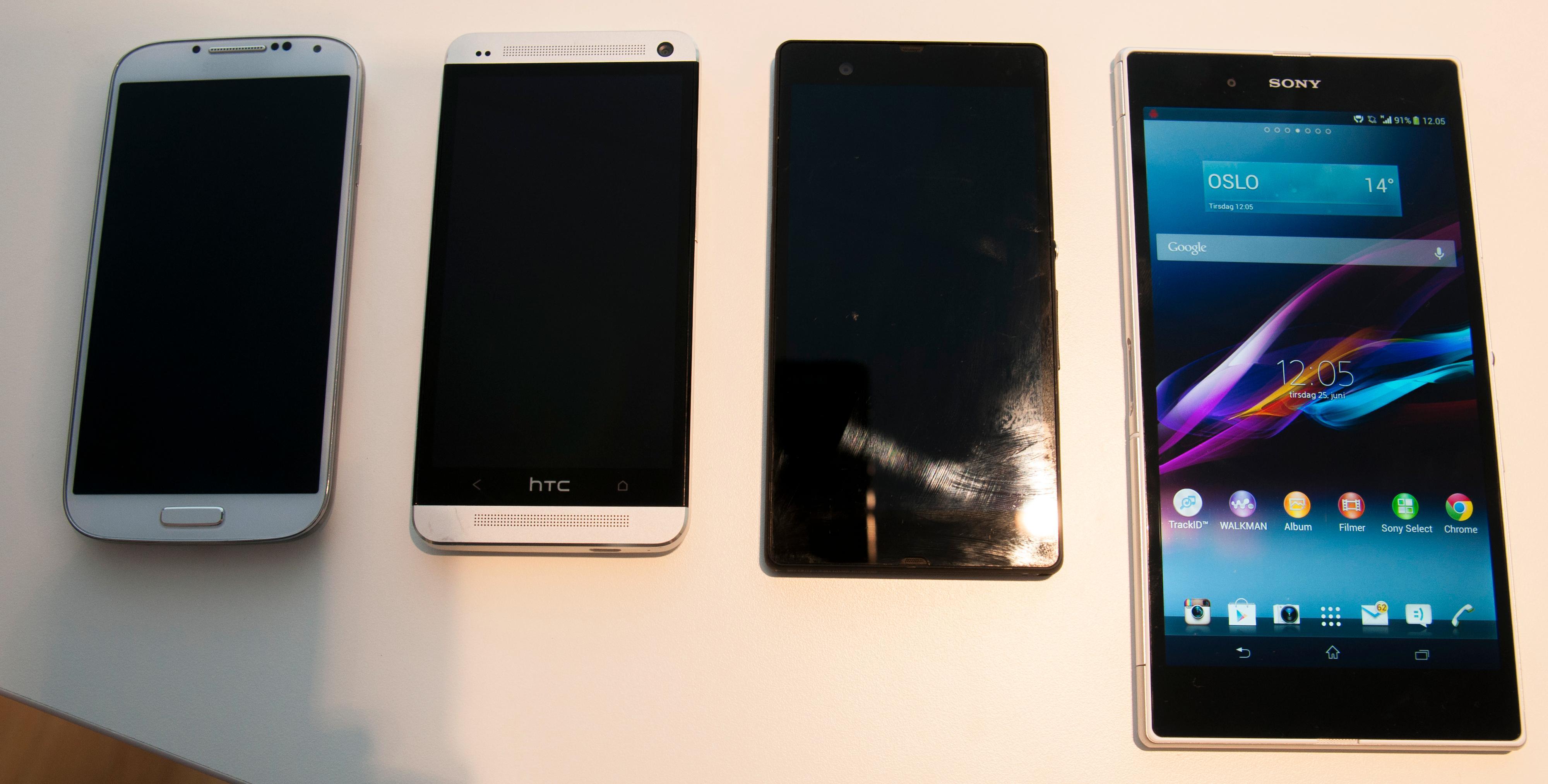 Fra venstre: Samsung Galaxy S4, HTC One, Sony Xperia Z - og kliss nye Sony Xperia Z Ultra.Foto: Finn Jarle Kvalheim, Amobil.no