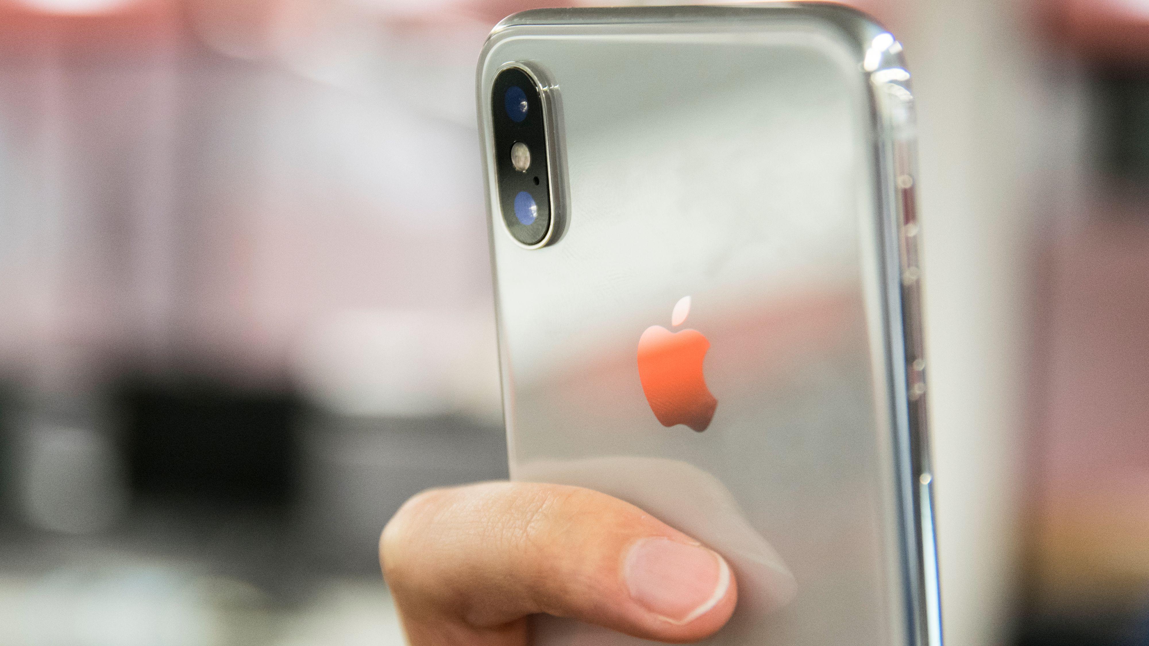 Større skjerm i 2018 og lasersensor i 2019 – Slik blir framtidens iPhone