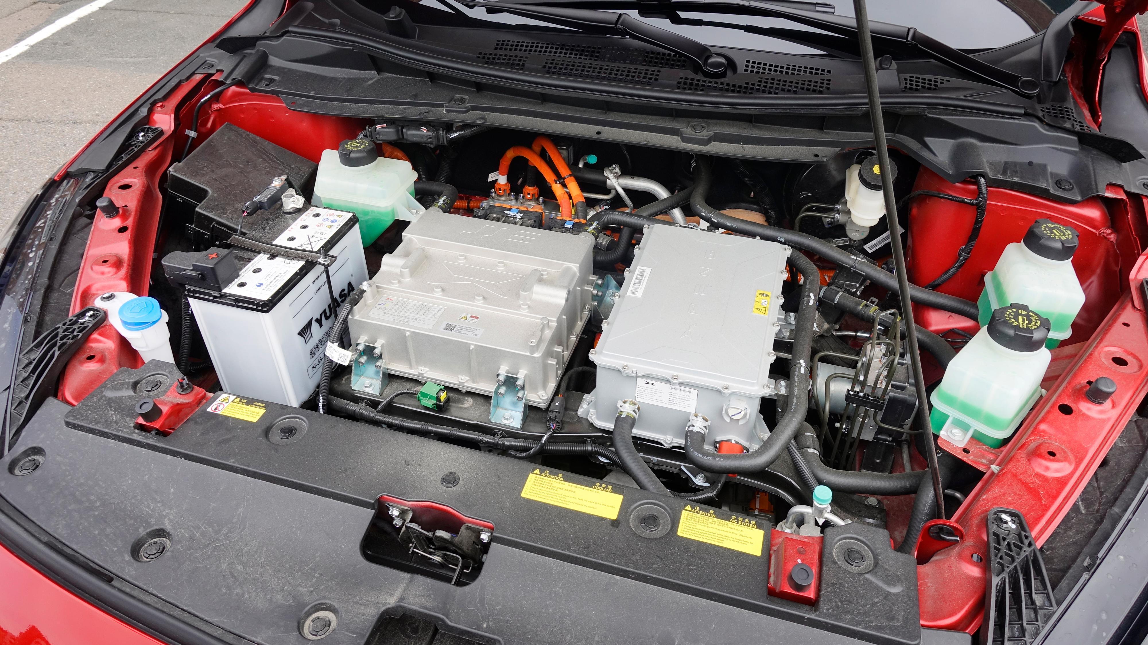 Ingen «frunk» i Xpeng G3. Når bilen leveres til norske kunder vil den komme med et eget motordeksel.