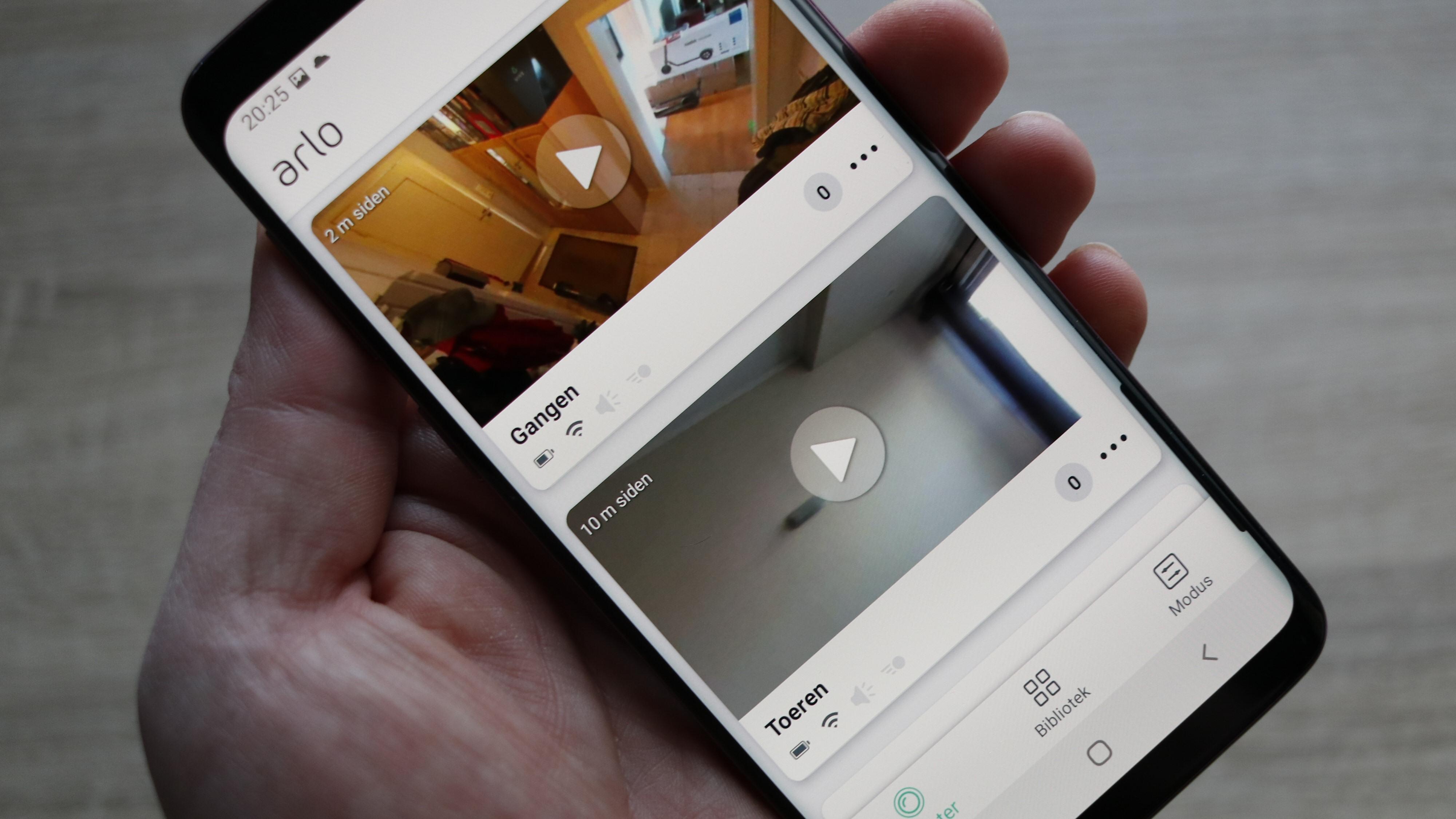 Den samme appen kan styre forskjellige typer Arlo-kameraer.