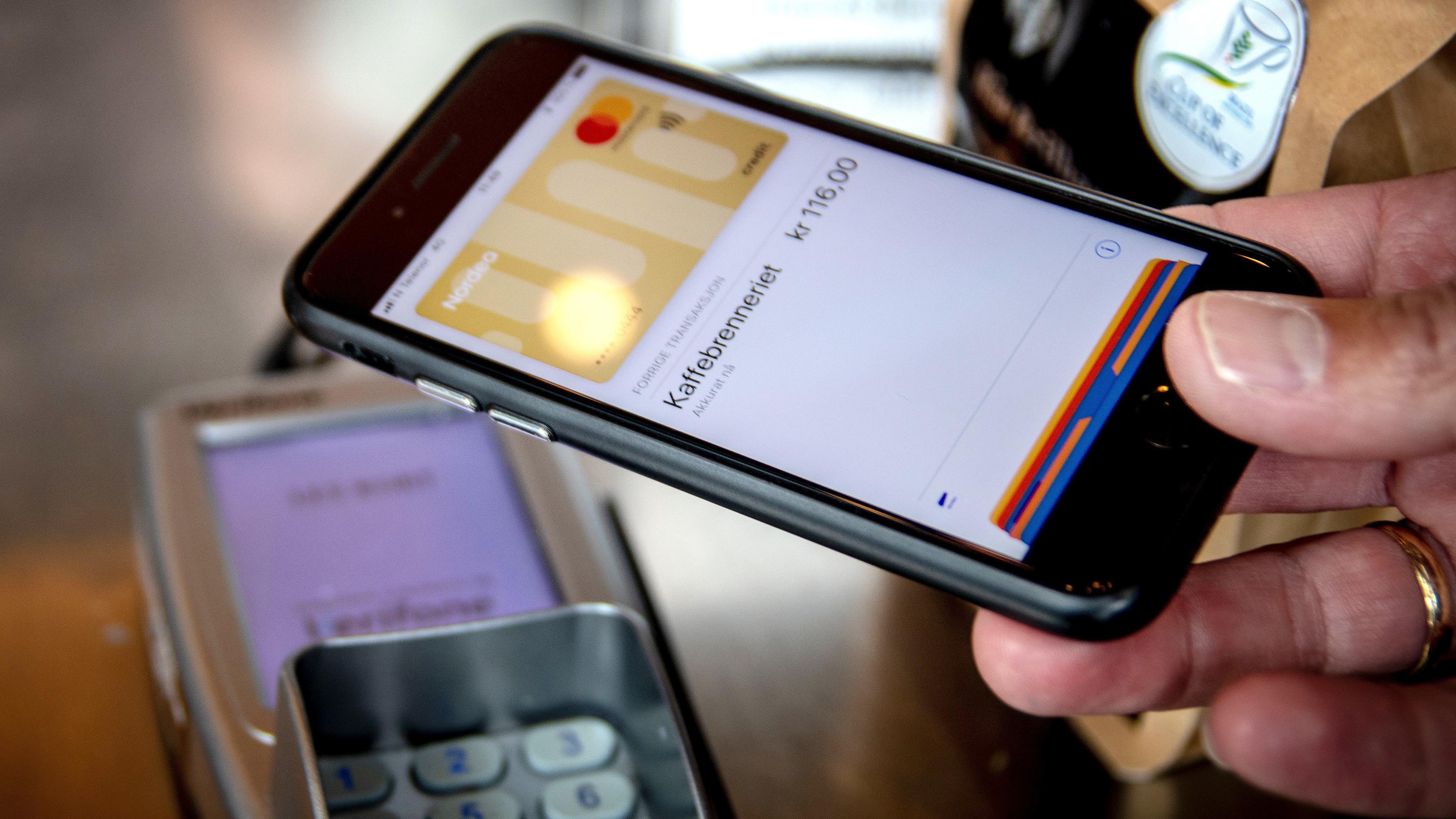 Nordea håver inn nye kunder etter Apple Pay-lansering