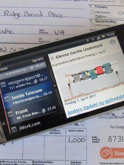 E-postleseren gir deg forhåndsvisning når telefonen vendes horisontalt.