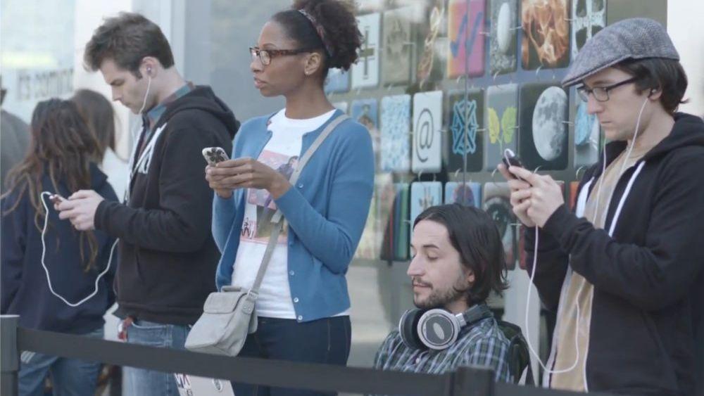 Se Samsung gjøre narr av Apple-fans