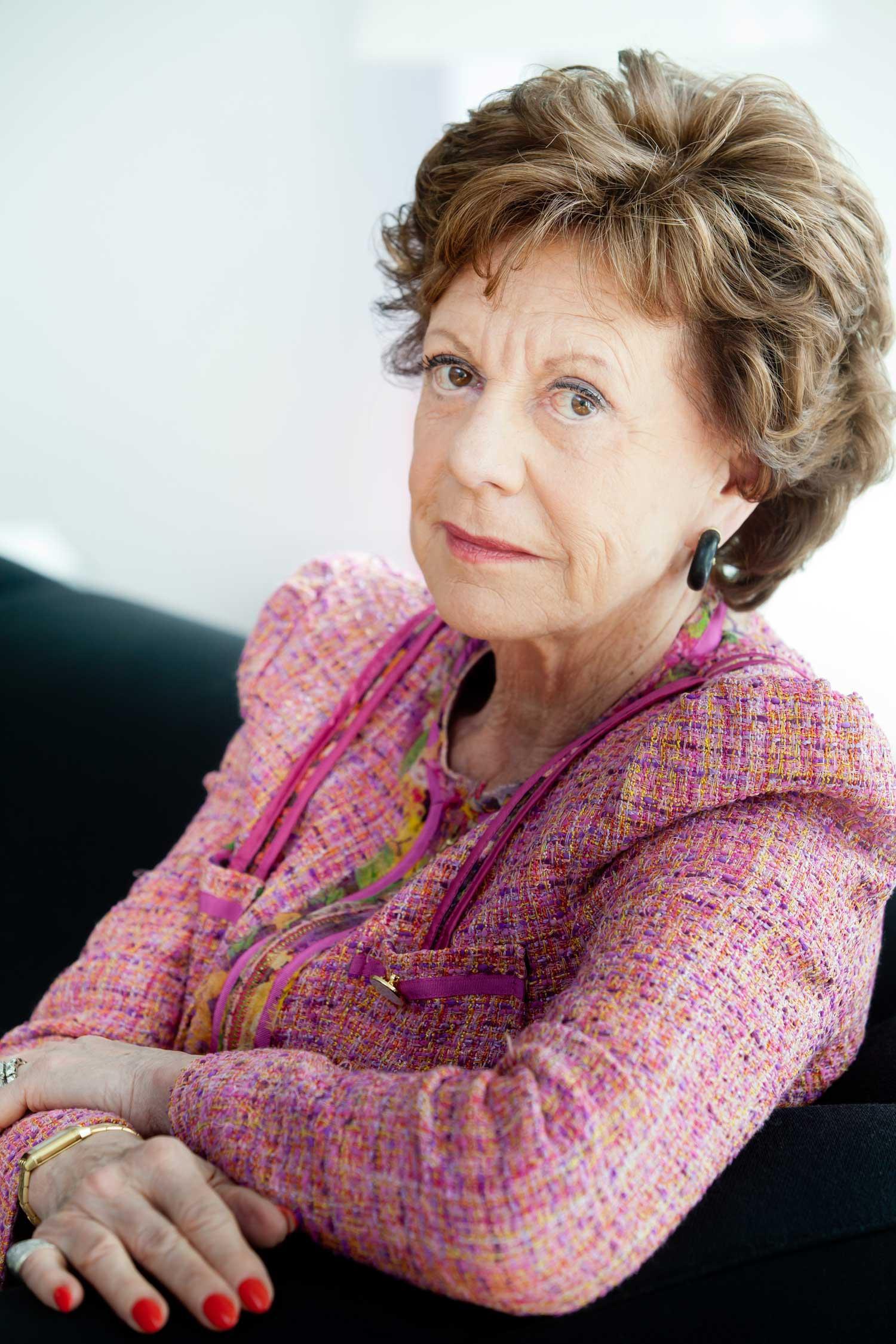 Neelie Kroes kan ikke fordra de høye ringeprisene i Europa.