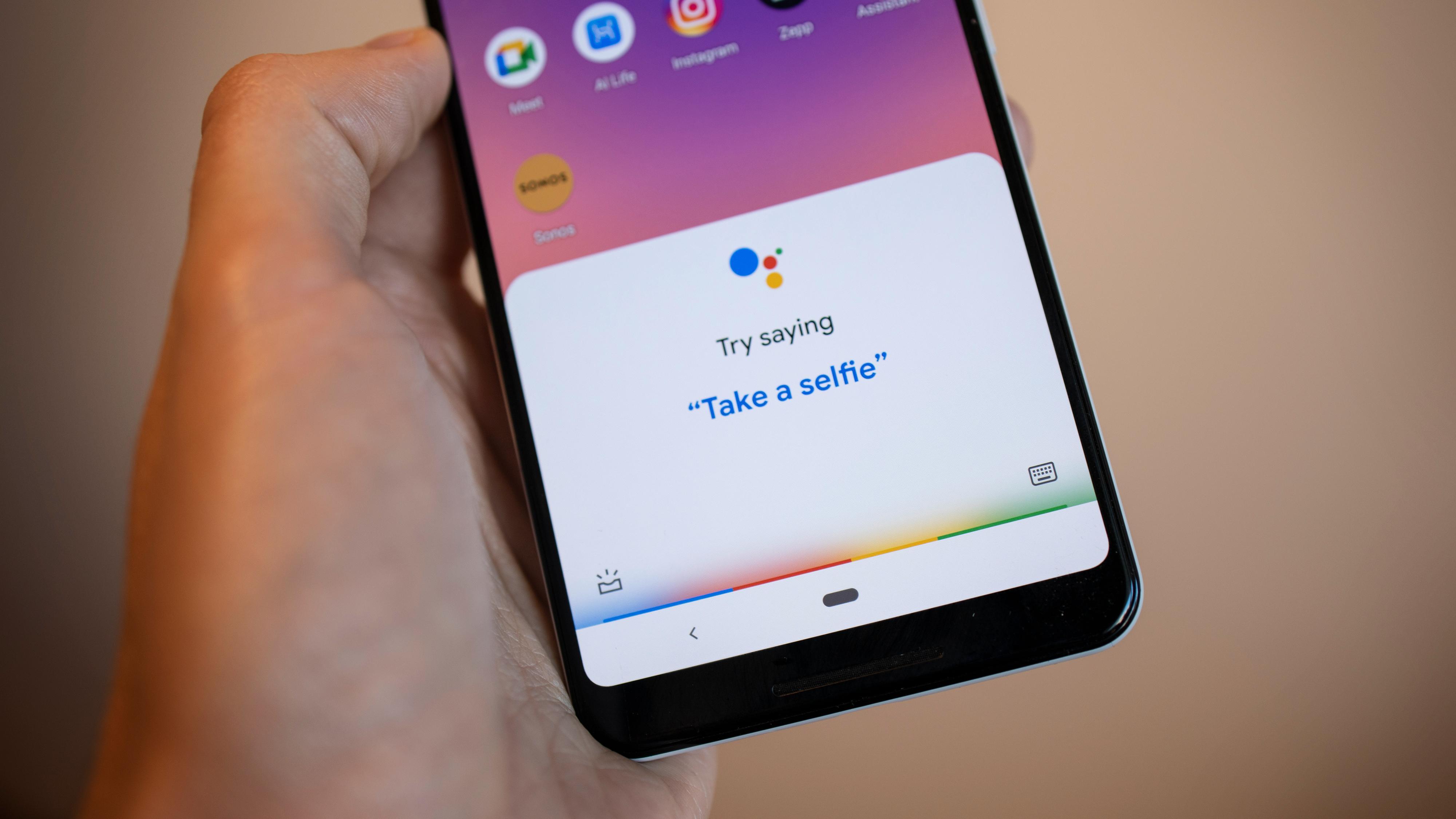 Snart kan du snakke til Google-assistenten uten «Hei Google»
