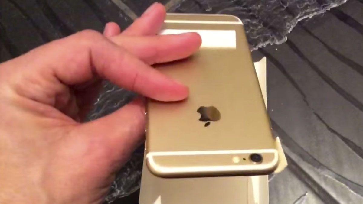 S7 Mini blir tilsynelatende litt større enn iPhone 5SE, som angivelig avbildes her.