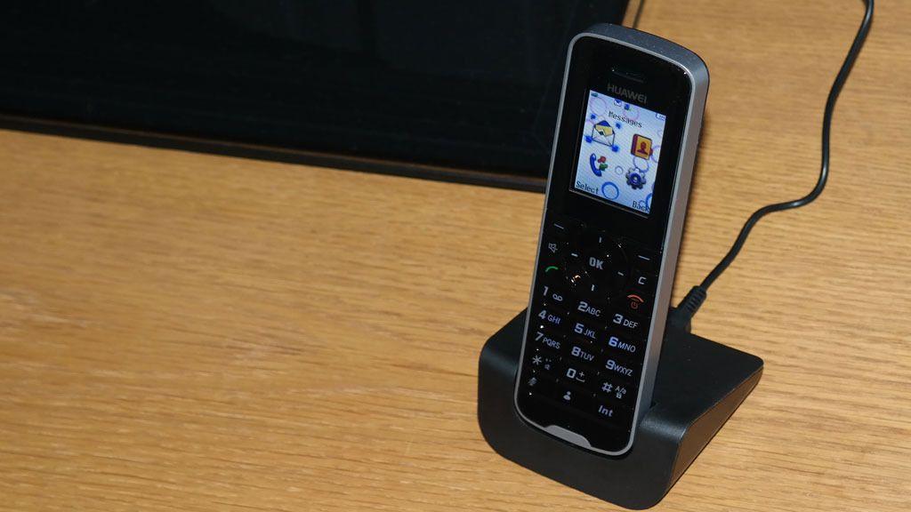 Med denne «mobilen» har du bedre forutsetninger for dekning der andre mobiler faller ut.Foto: Espen Irwing Swang
