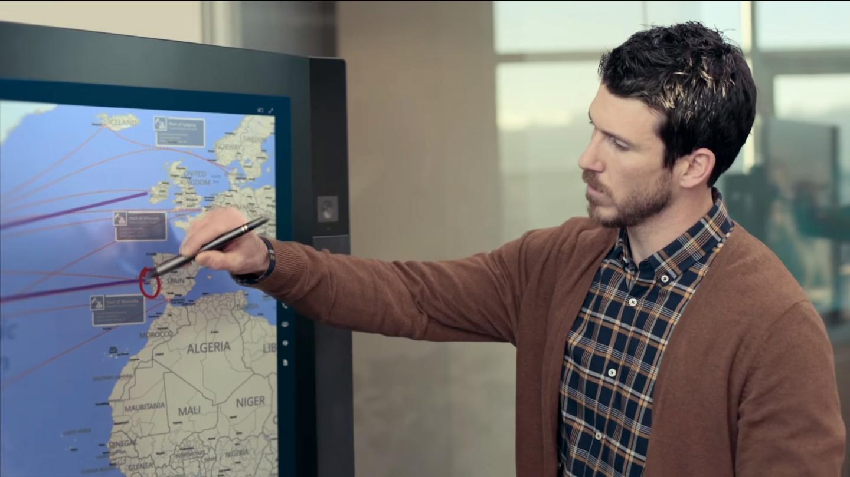 Du kan enkelt skrive på skjermen med en hvilken som helst penn. Foto: Microsoft