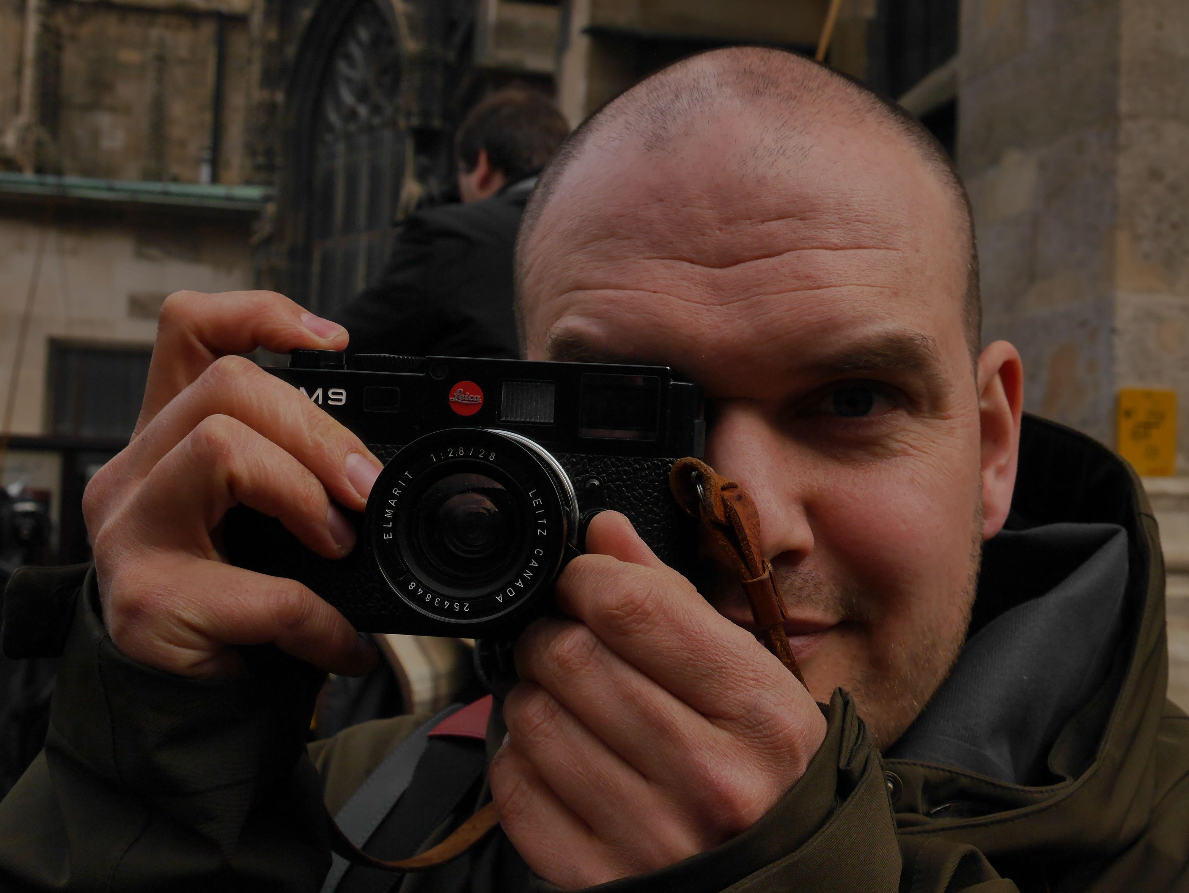 Advarsel! Svenske med Leica!Foto: Are Thunes Samsonsen, Akam.no