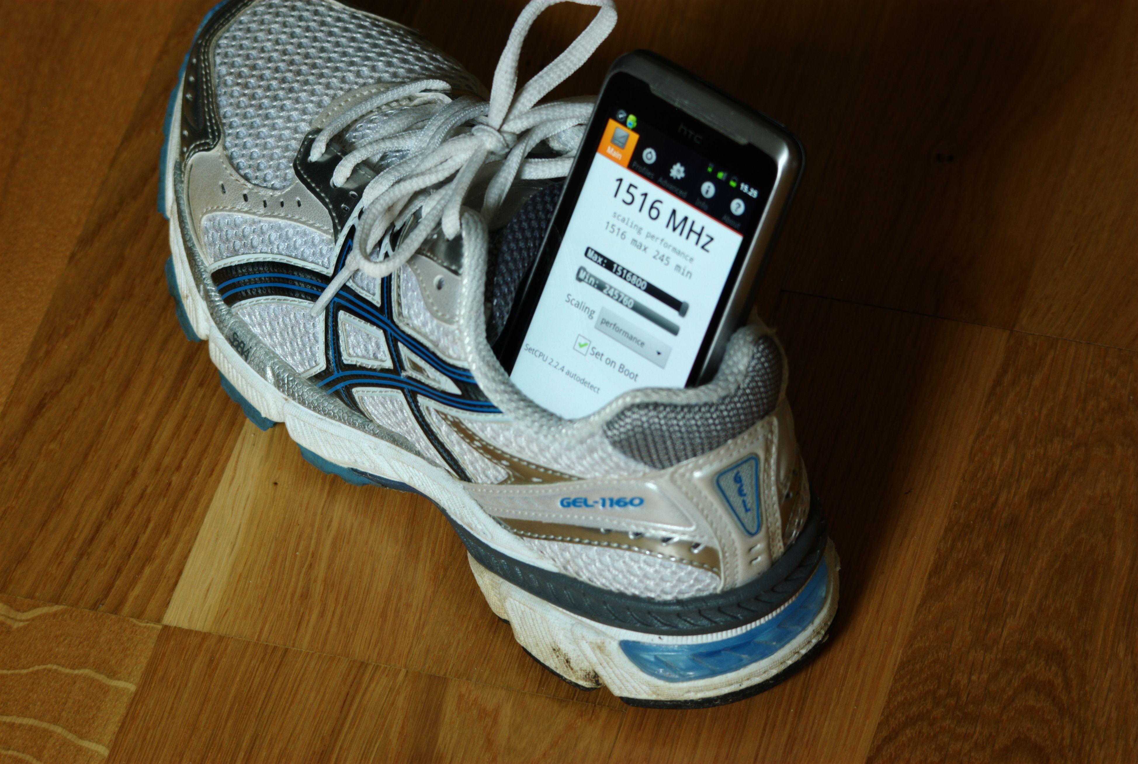 Rooting kan gi deg en raskere mobil. Har du en eldre og treg mobil har du kanskje ikke så mye å tape? Foto: Einar Eriksen