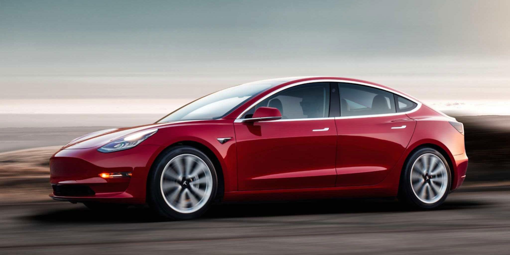 Tesla Model 3 er billigere enn en Mac Pro.