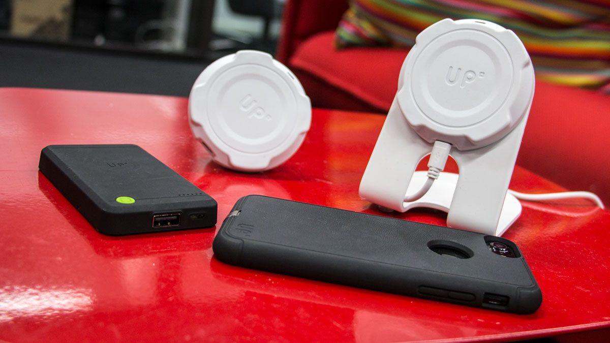 Få trådløs lading til mobilen din, uten å brenne hull i lommeboka