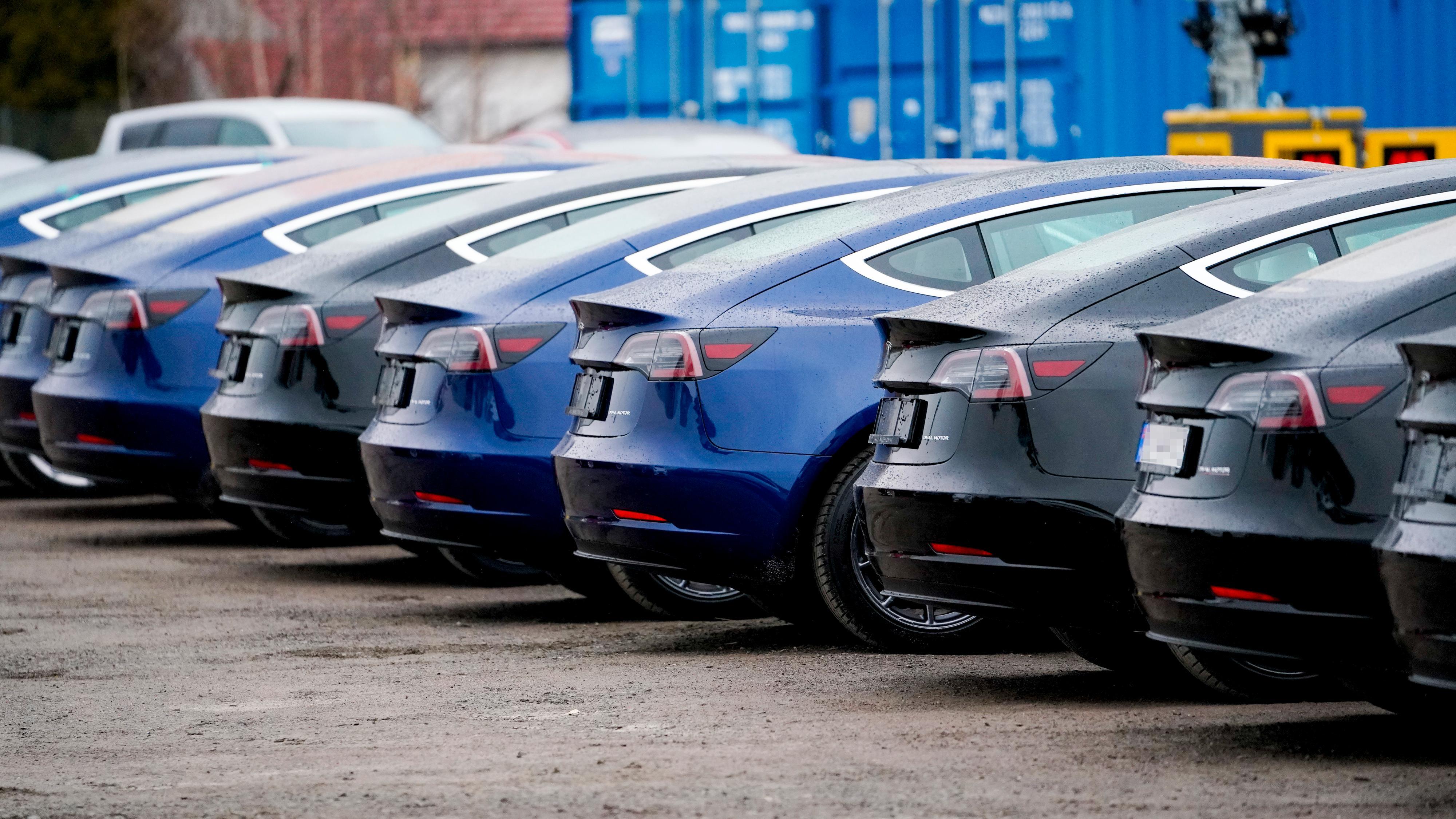 Over halvparten av alle solgte biler i 2020 vil være elektriske, ifølge bilimportørene