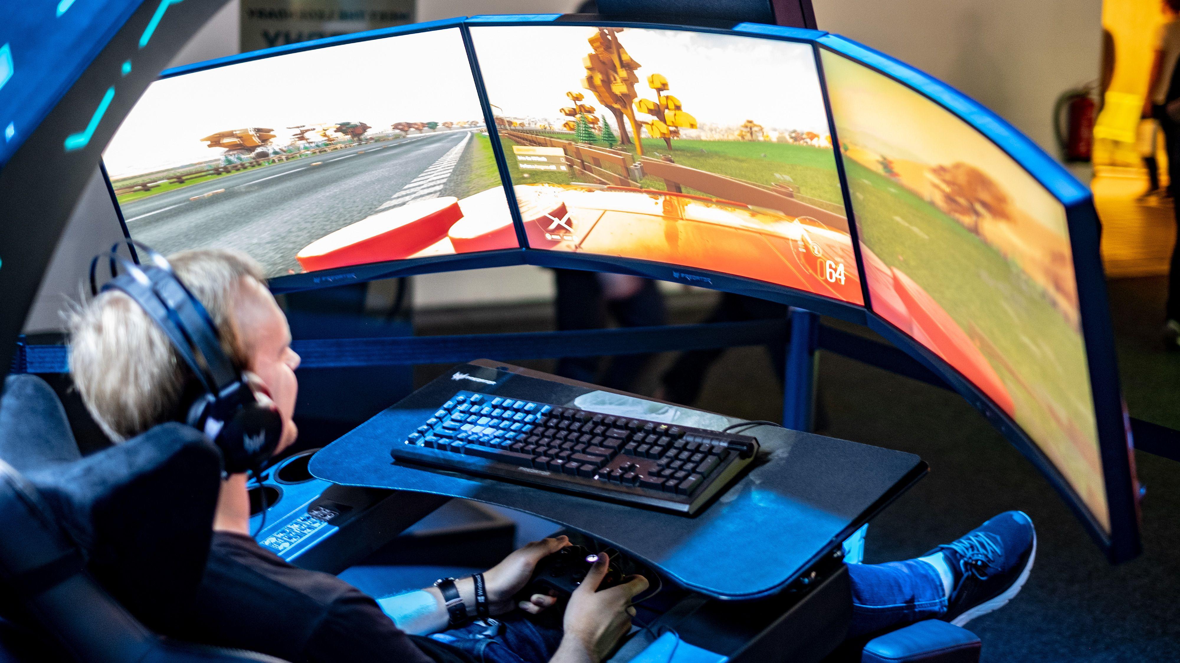 Selv om det er trygt å krasje i spill er hjernen litt mer skeptisk enn vanlig. Vil dette gjøre vondt, spør den på vei til gjerdet.