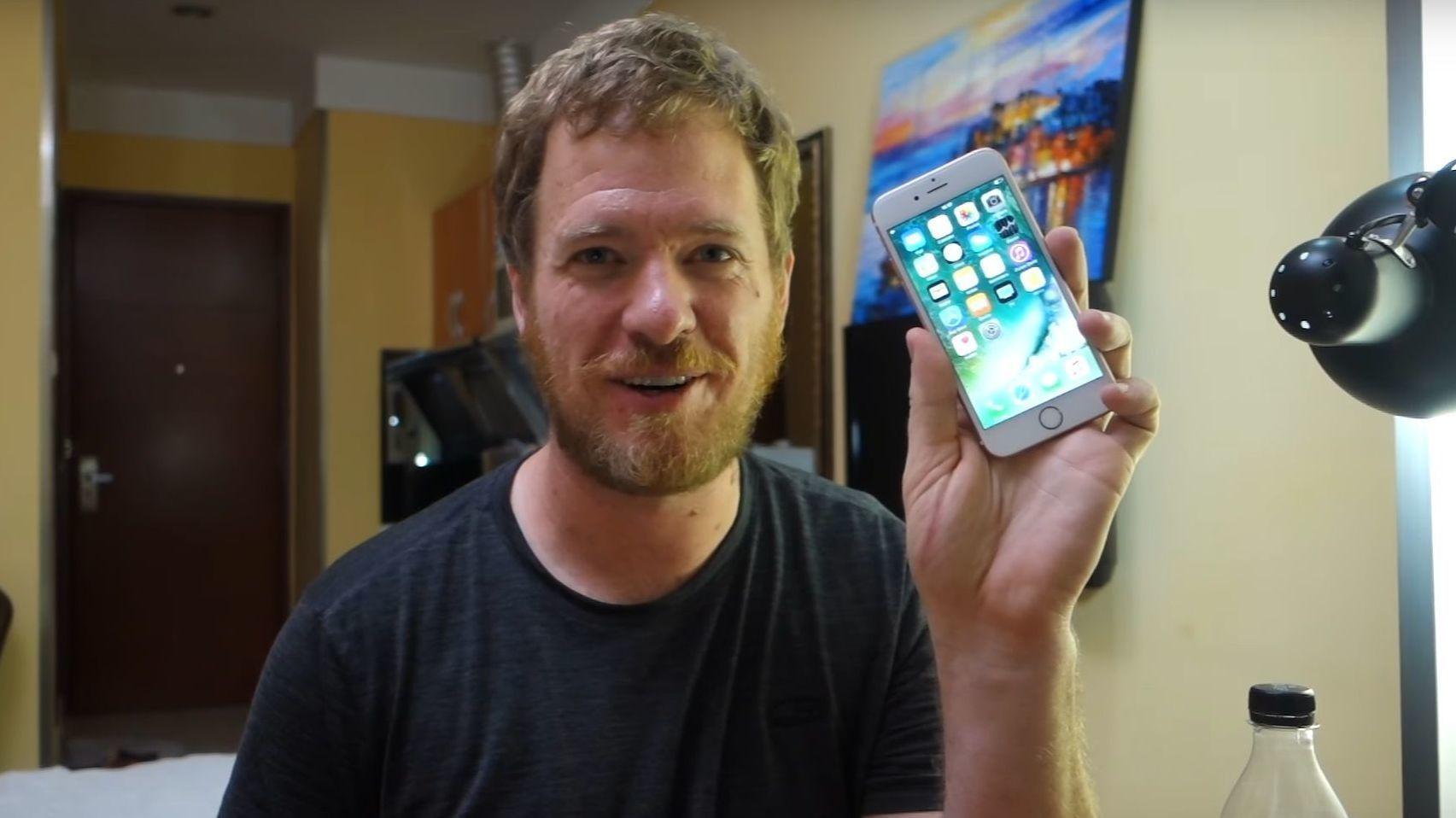 Denne fyren bygde sin egen iPhone 6s fra bunnen av