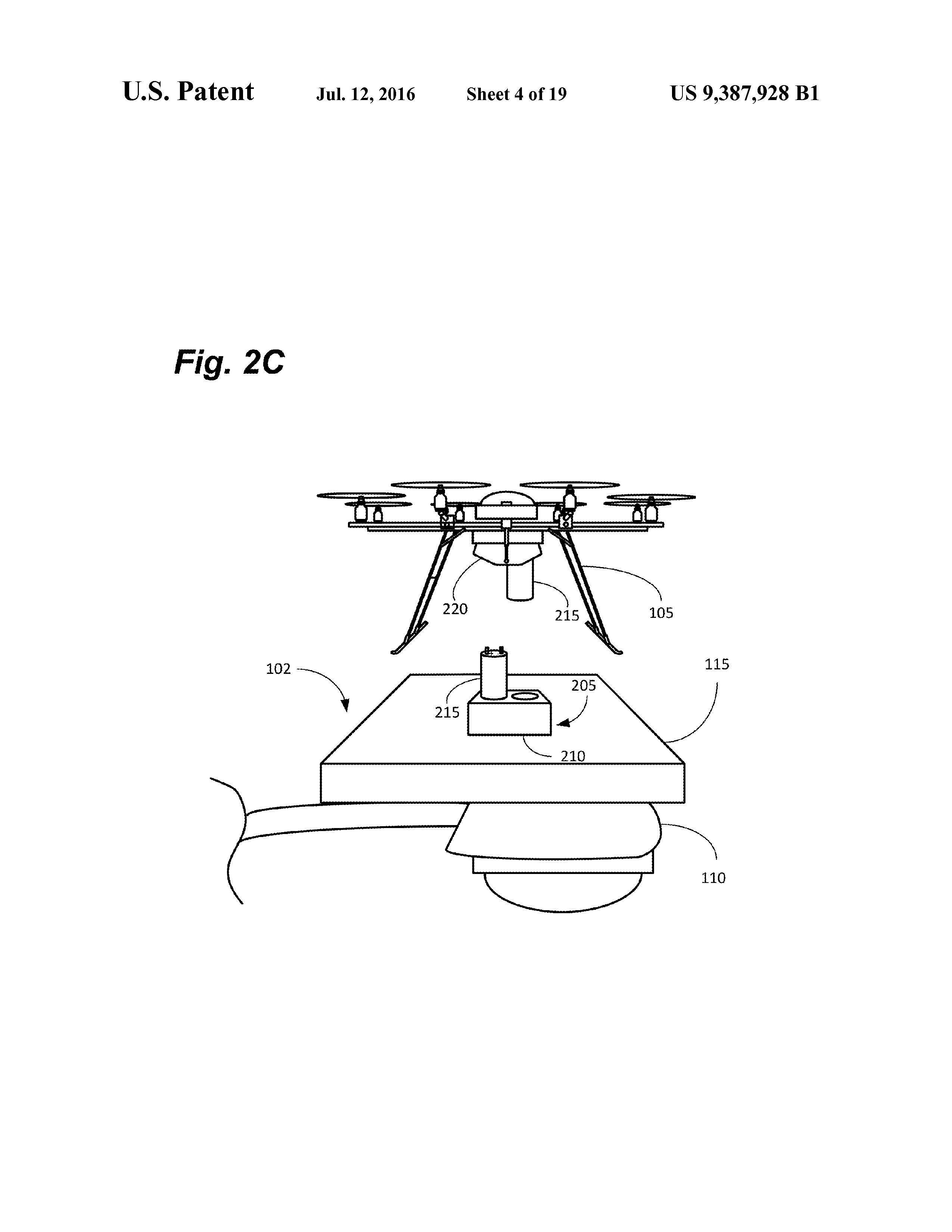 Dronene skal tilsynelatende koble seg til ladestajonene automatisk. Illustrasjonen er hentet fra patentdokumentet.