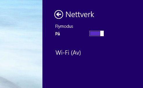 Aktiver Flymodus i Charmsmenyen.