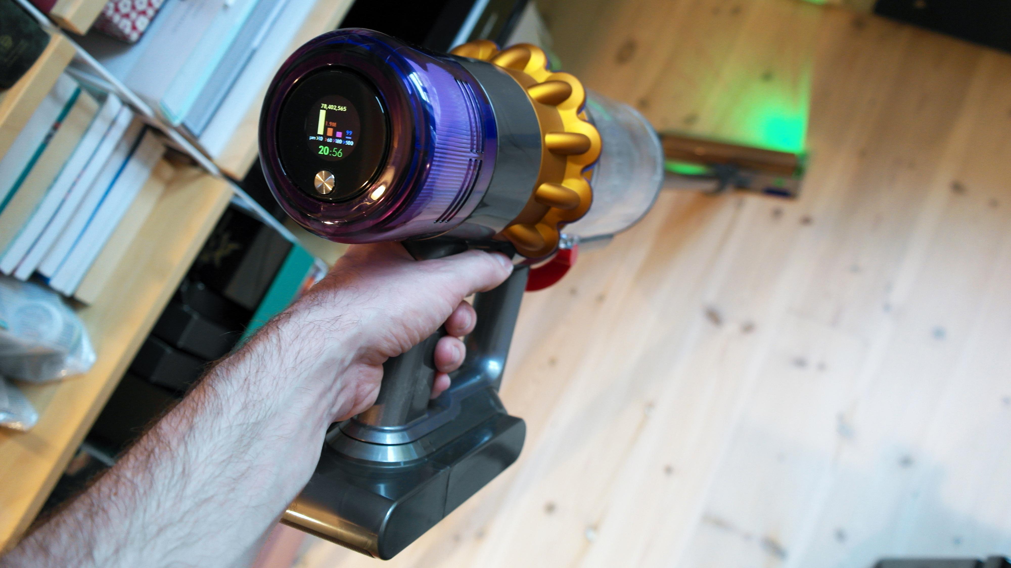 Dyson V15 er en av de beste støvsugerne vi har testet
