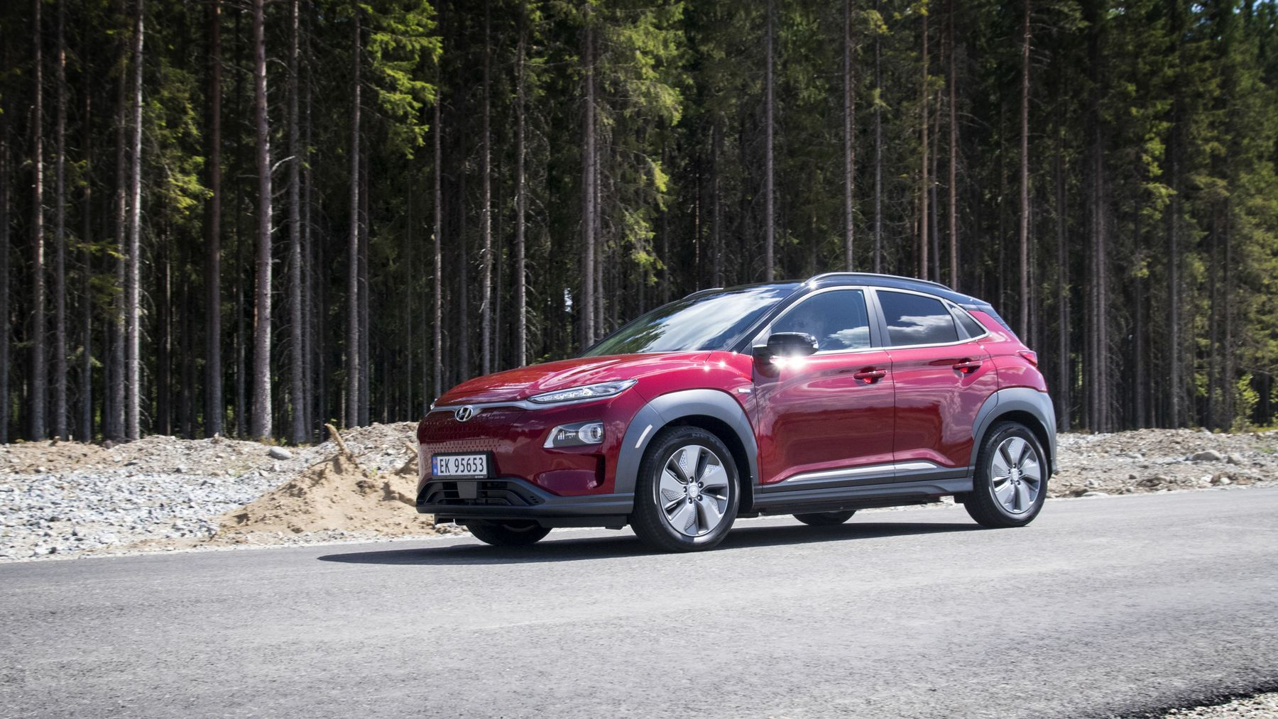 Hyundai øker rekkevidden på Kona med nye dekk