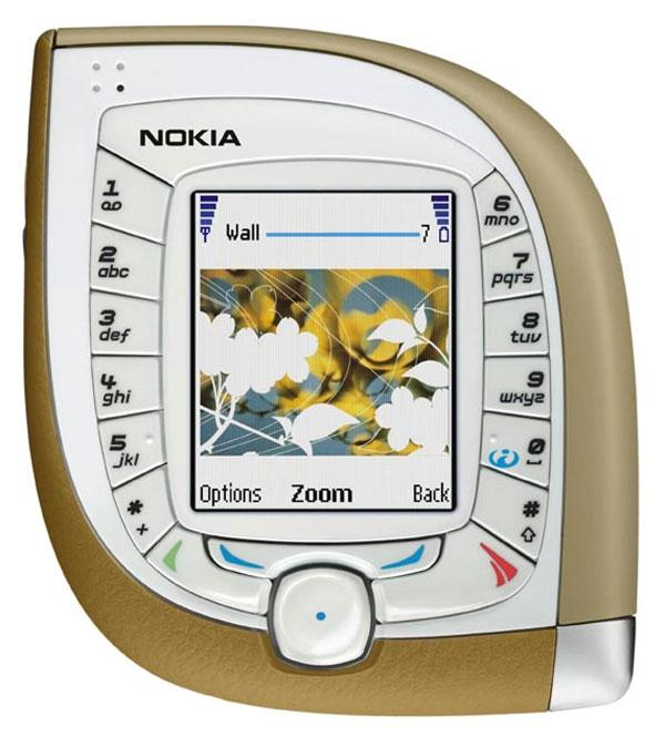 Nokias første 3G-telefon var en skikkelig snåling. Tastene var plassert rundt skjermen, og formen på hele telefonen var svært utradisjonell.
