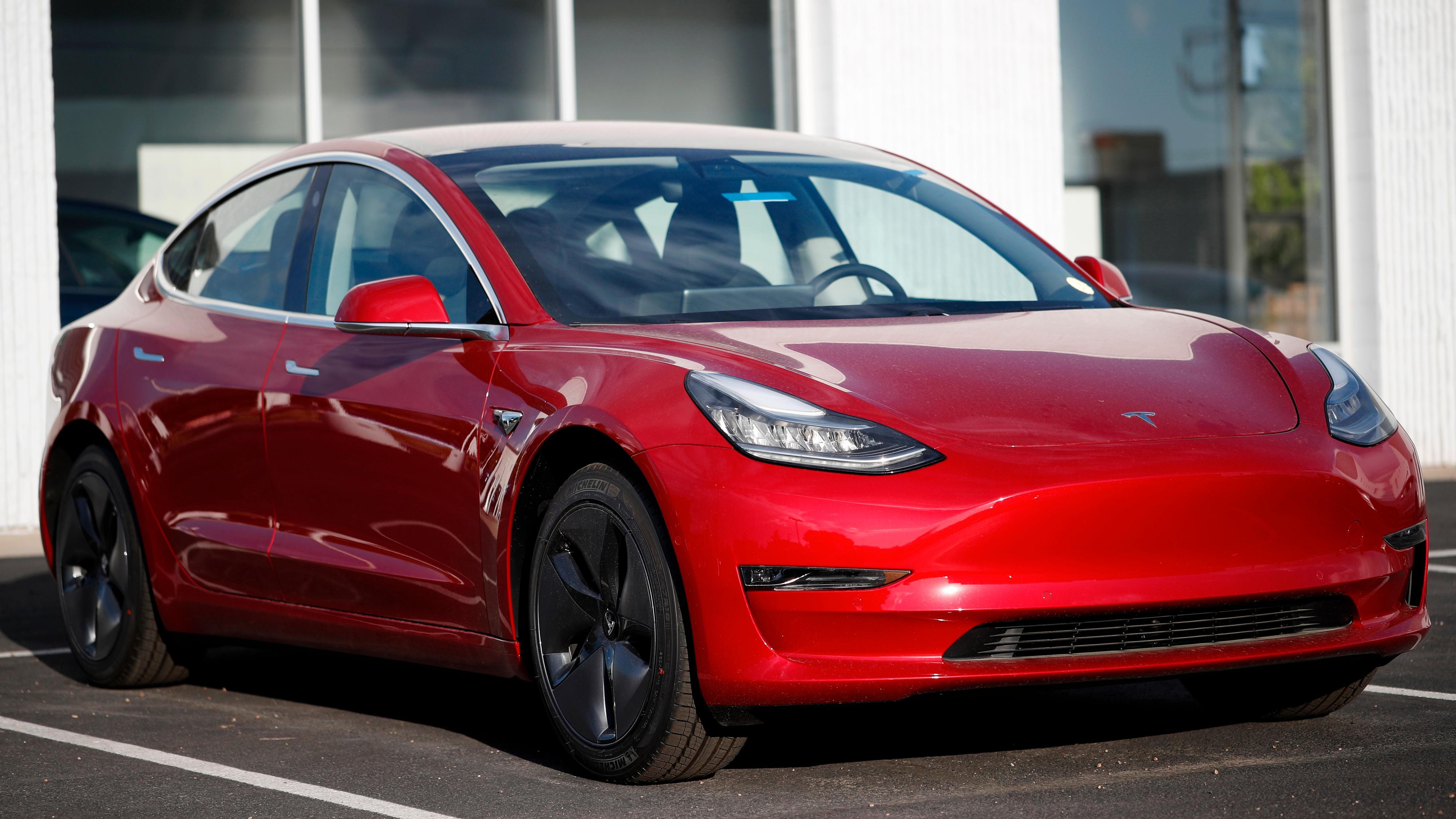 – Tesla er seks år foran konkurrentene