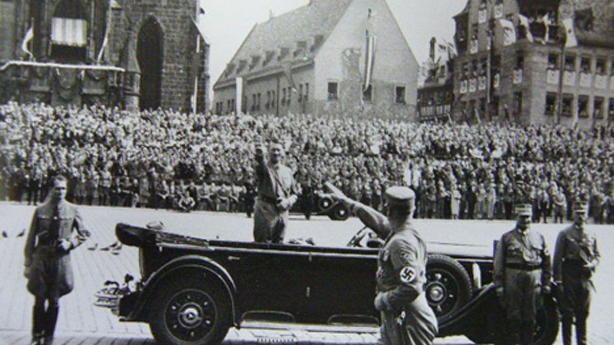 Hitler under hammeren